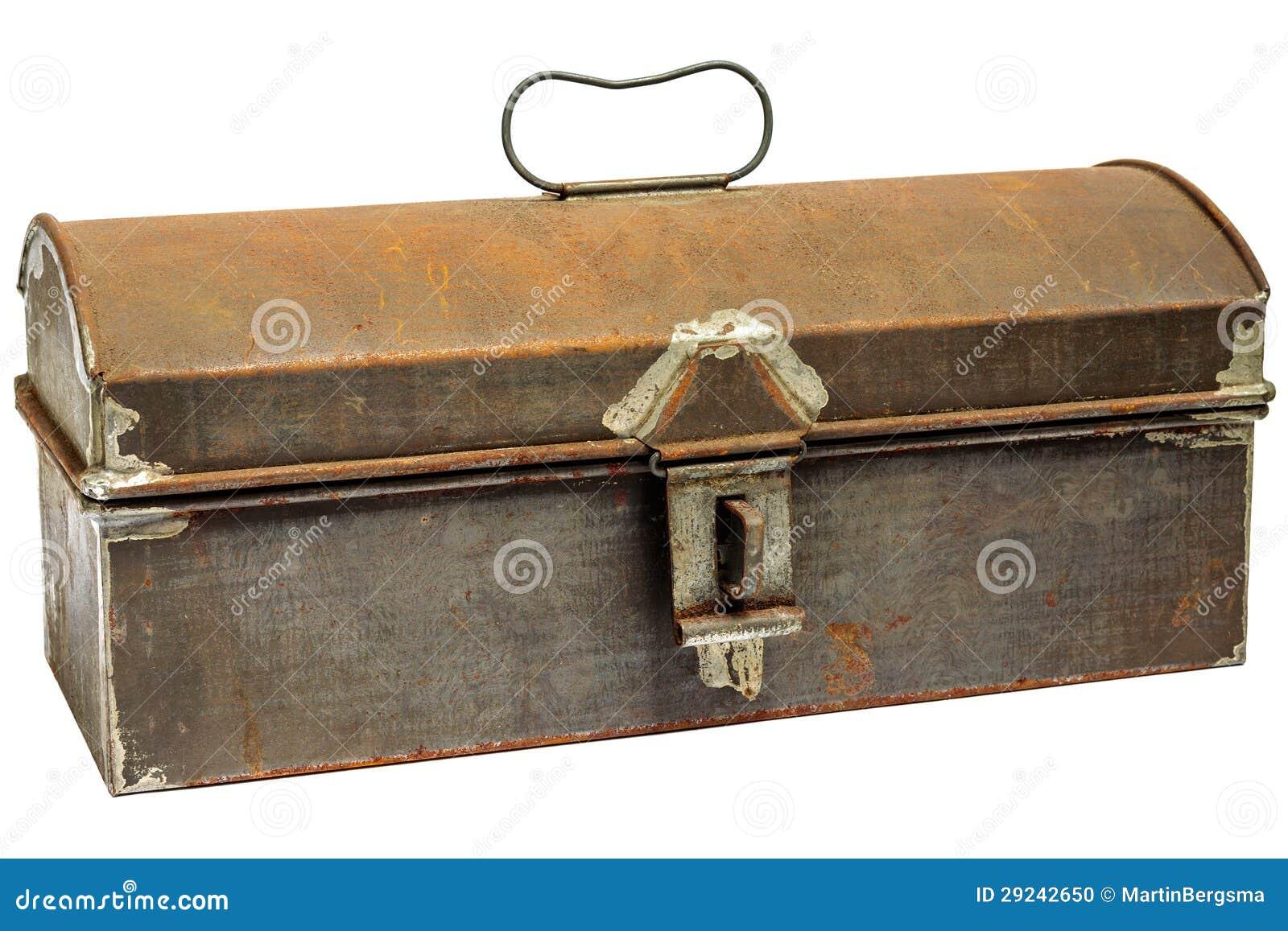 Download Caixa De Armazenamento Antiga Oxidada Isolada No Branco Foto de Stock - Imagem de marrom, punho: 29242650