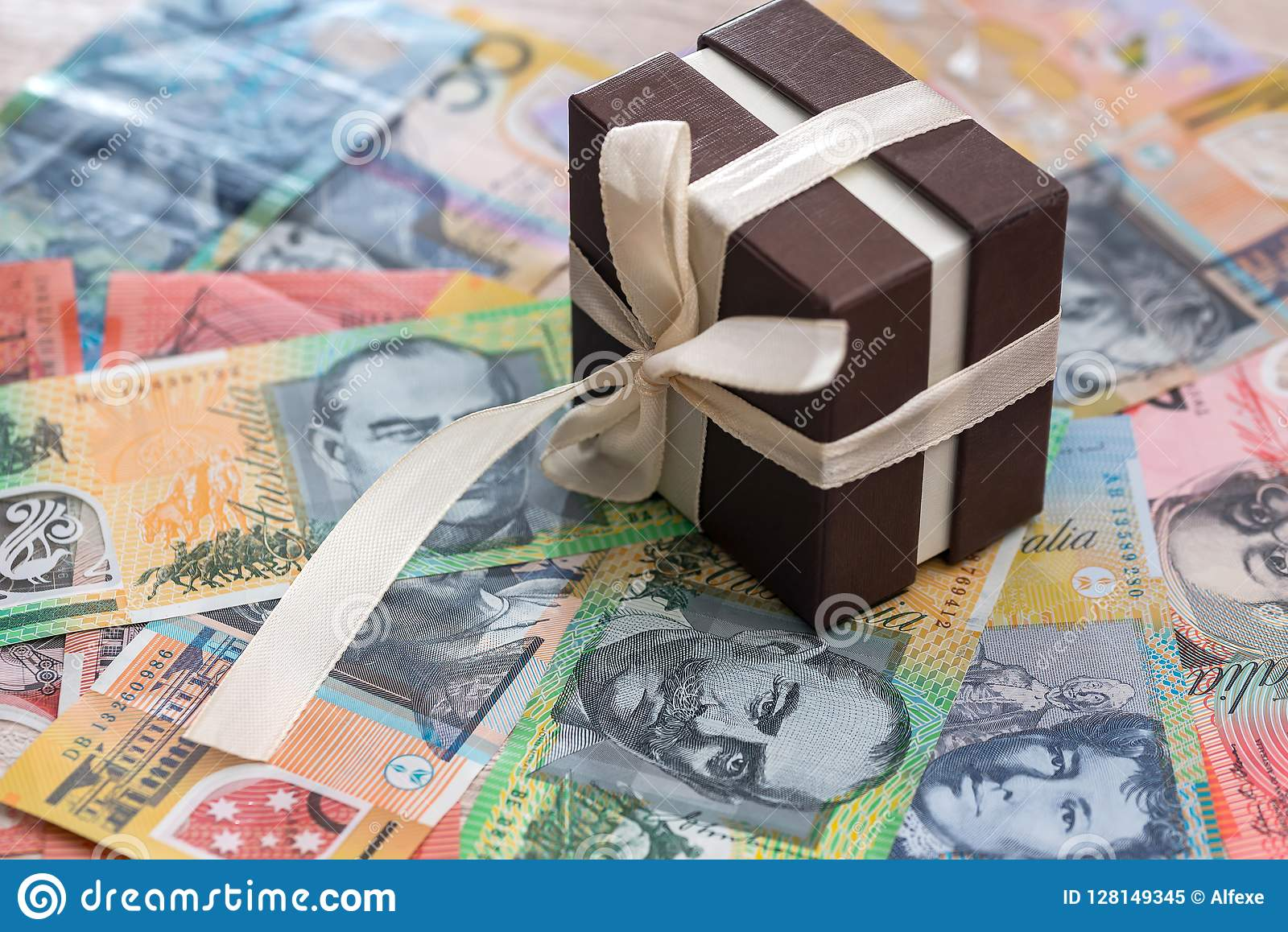 Caixa de presente no fundo do dólar australiano