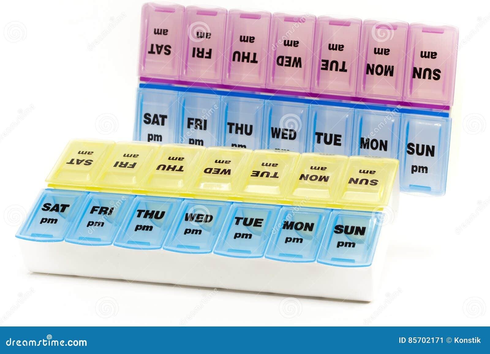 Caixa para o armazenamento das drogas, com inscrição em dias da semana