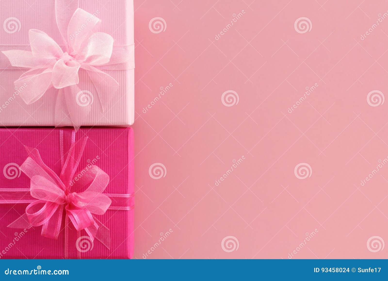 Caixas de presente cor-de-rosa