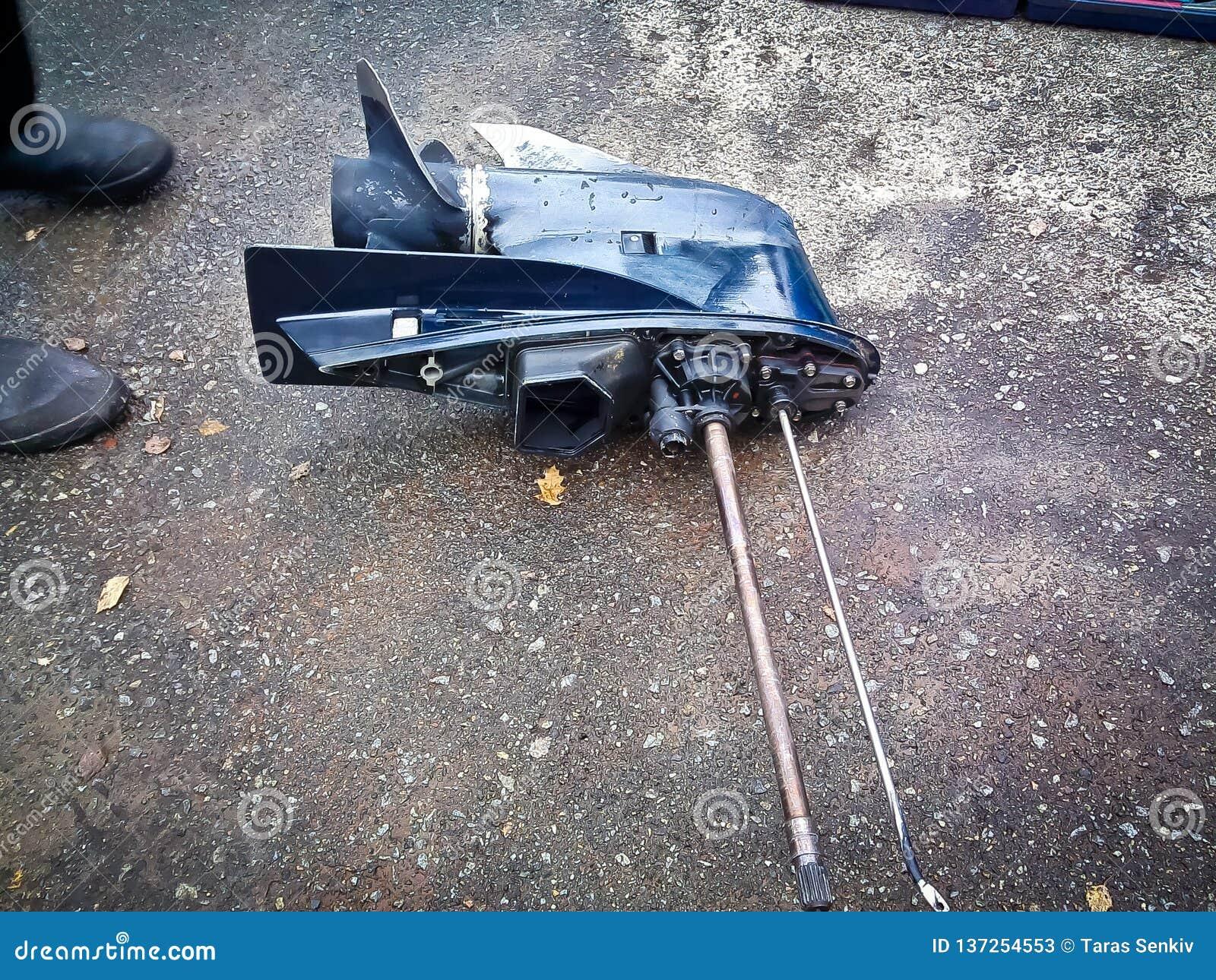 Caja de cambios externa del motor