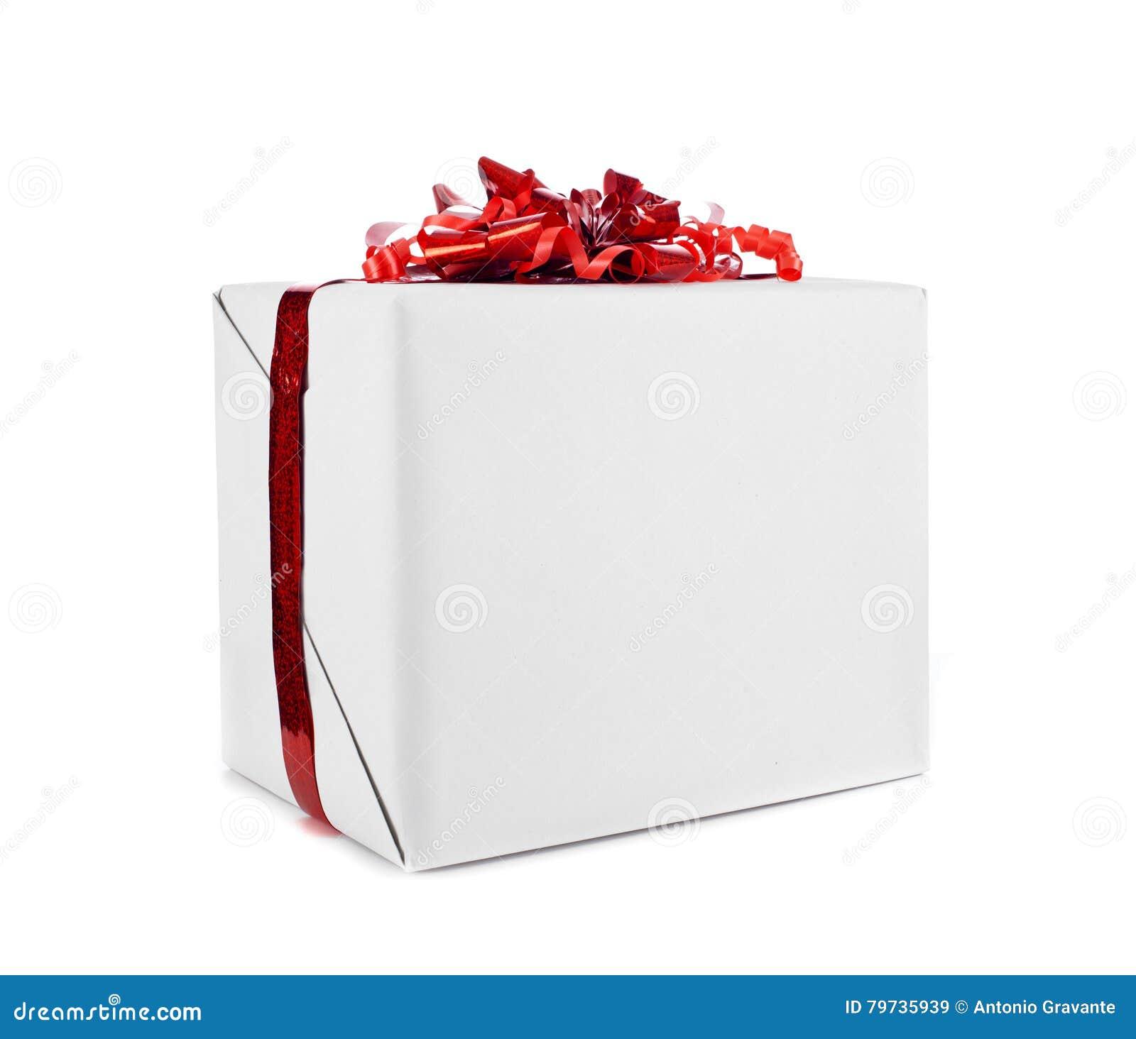 Caja de regalo con la cinta roja para la Navidad