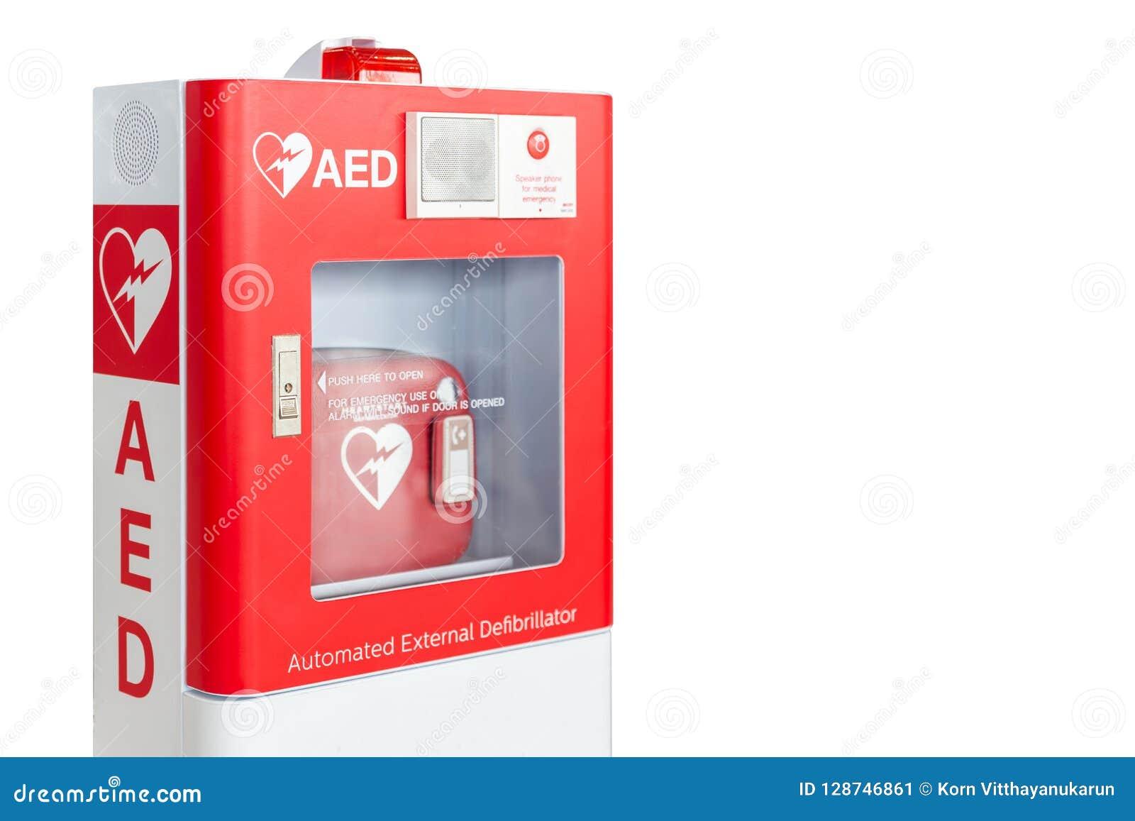 Caja del AED o dispositivo médico automatizado de los primeros auxilios del Defibrillator externo aislado en blanco