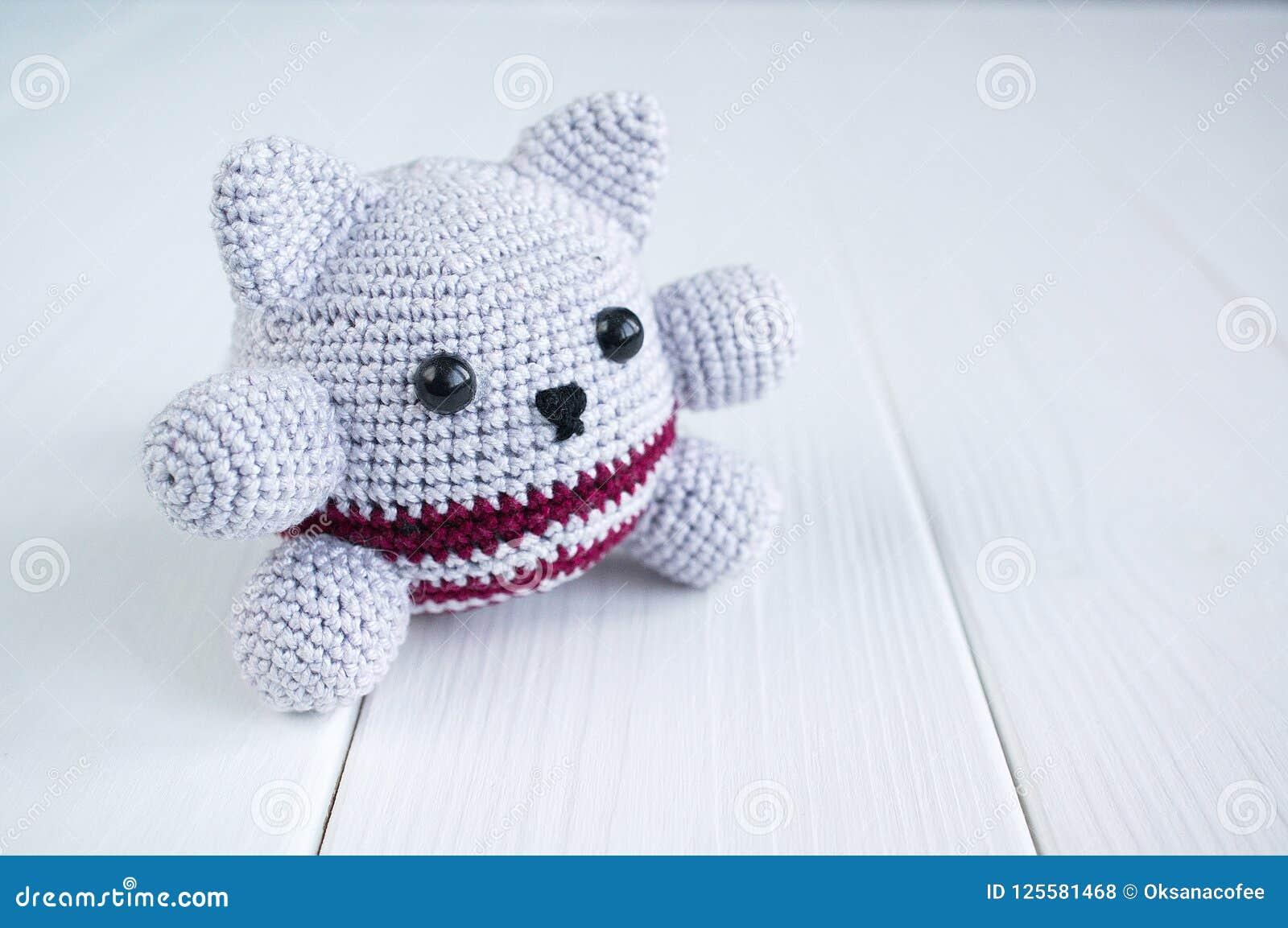 Soft kitten crochet pattern   Amiguroom Toys   1153x1600