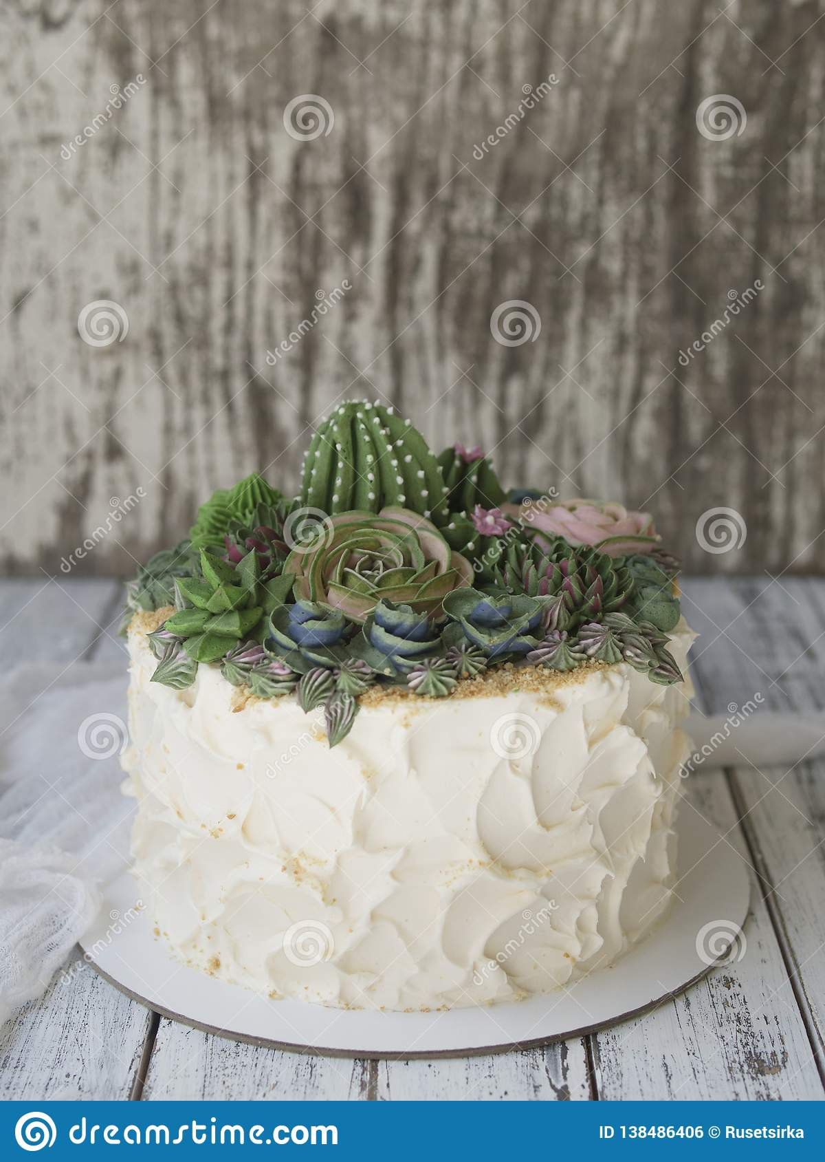 Cake Decorated With Creamy Succulents On A Wooden Background With White Fabric Copy Space Close Up Top View Stock Photo Image Of Creative Muffin 138486406