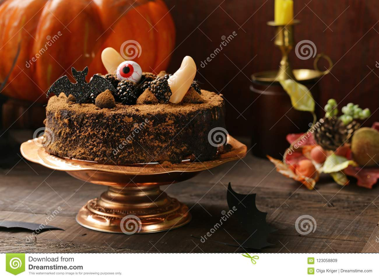 Cake with halloween decor