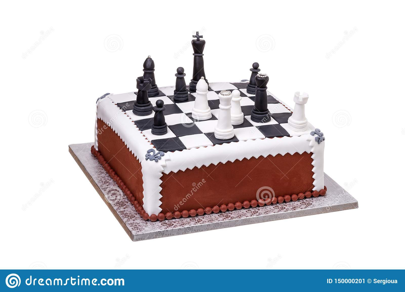 Fabulous Cake On Holiday Chess Pieces On The Board From Black And White Funny Birthday Cards Online Overcheapnameinfo