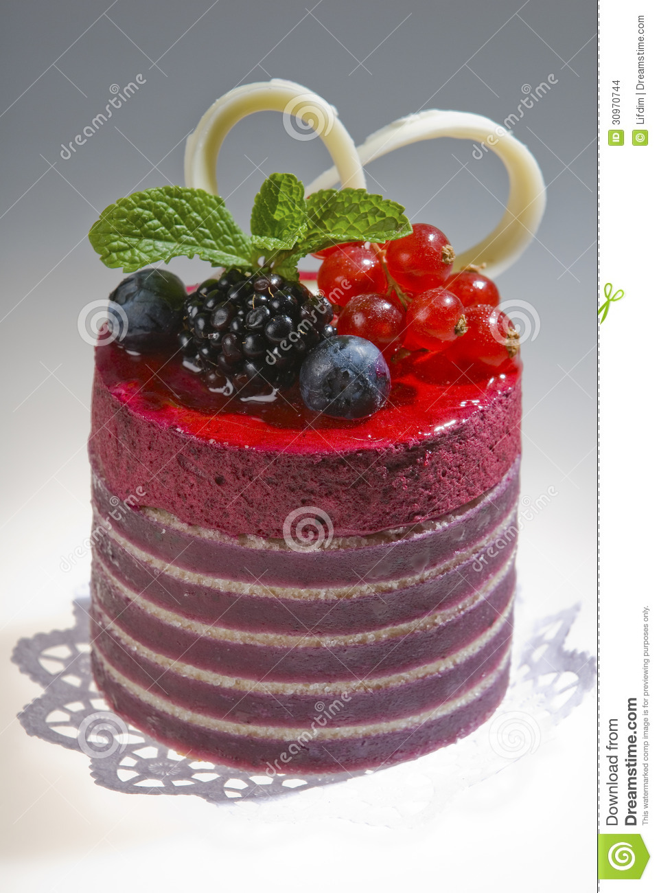 Red Colour Cake Images : Cakes With Forest Berries Stock Images - Image: 30970744