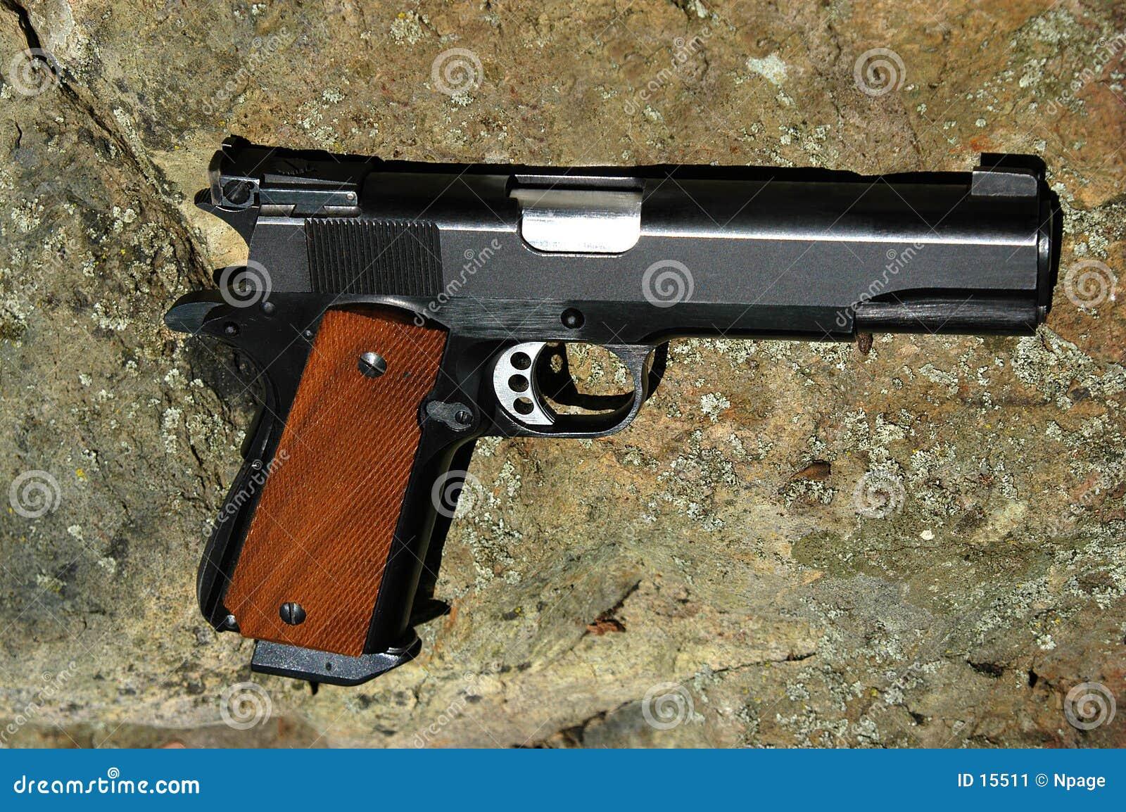 Cal 45 pistolet