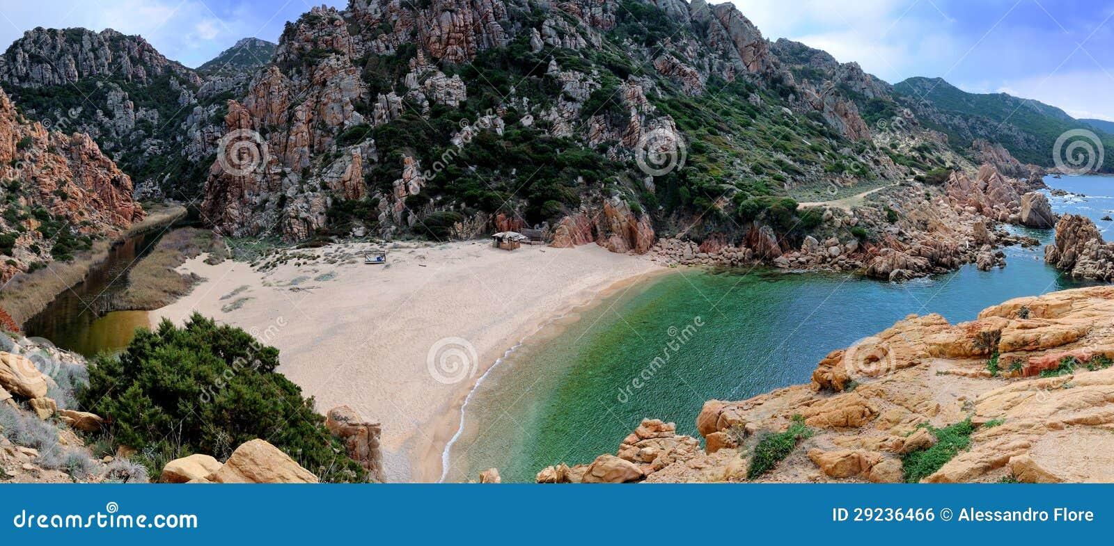 Download Cala Li Cossi foto de stock. Imagem de areia, montagem - 29236466
