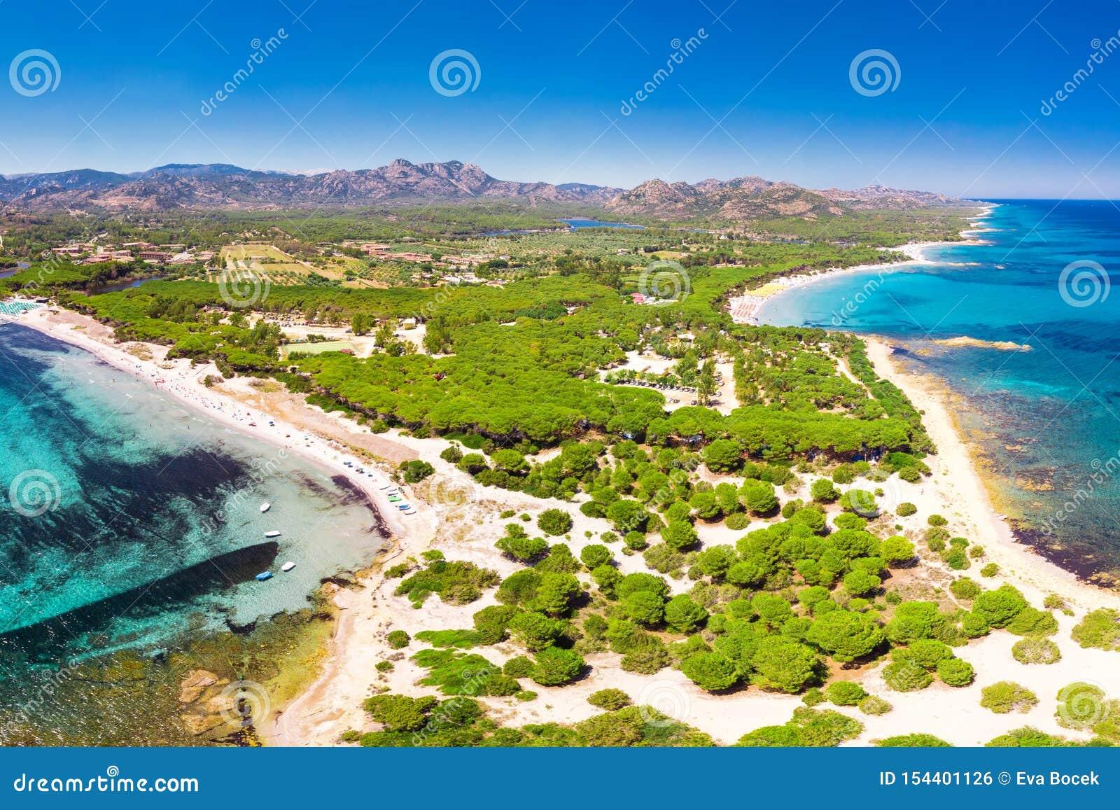Cala Liberotto i Cala Ginepro wyrzucać na brzeg na Sardinia wyspie, Sardinia, Włochy, Europa