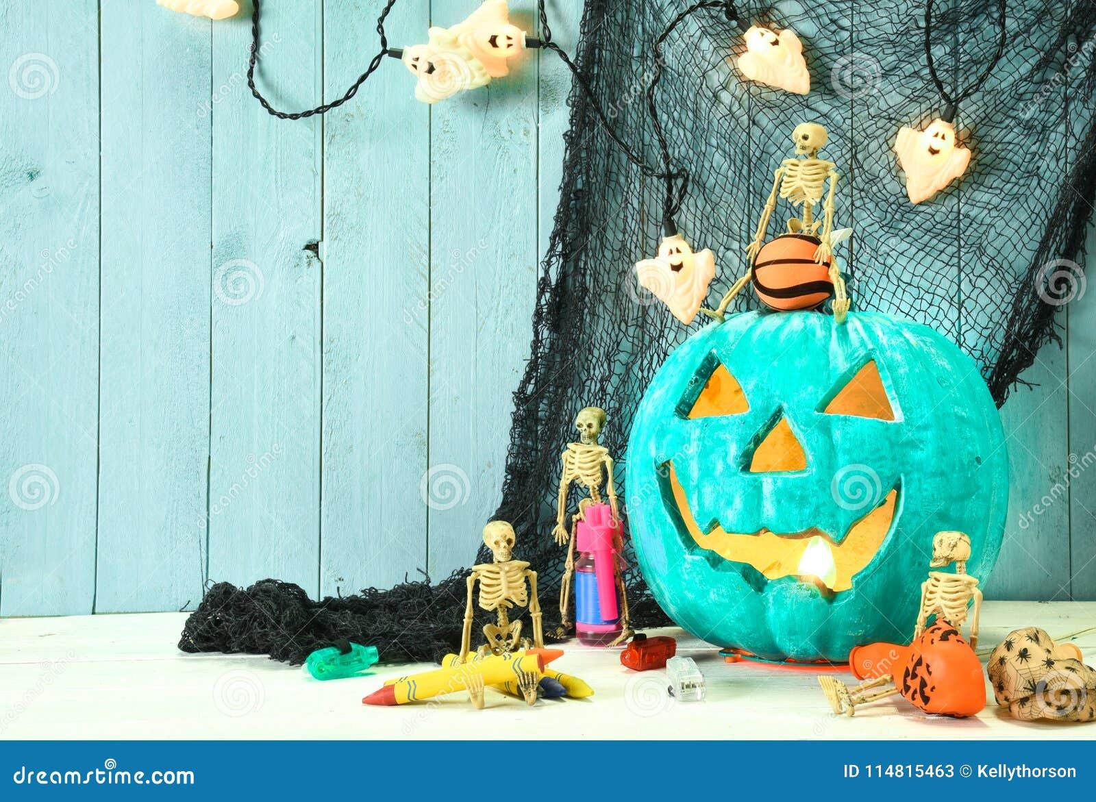 Calabaza del trullo e invitaciones del juguete de Halloween