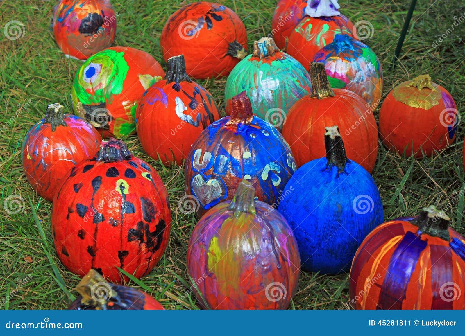 Calabazas pintadas imagen de archivo imagen de calabazas 45281811 - Calabazas de halloween pintadas ...