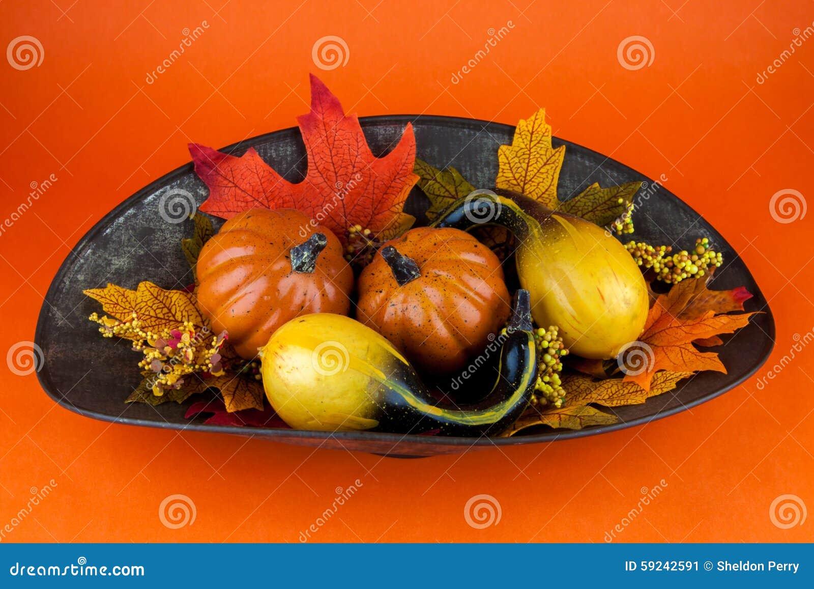 Calabazas y Autumn Leaves
