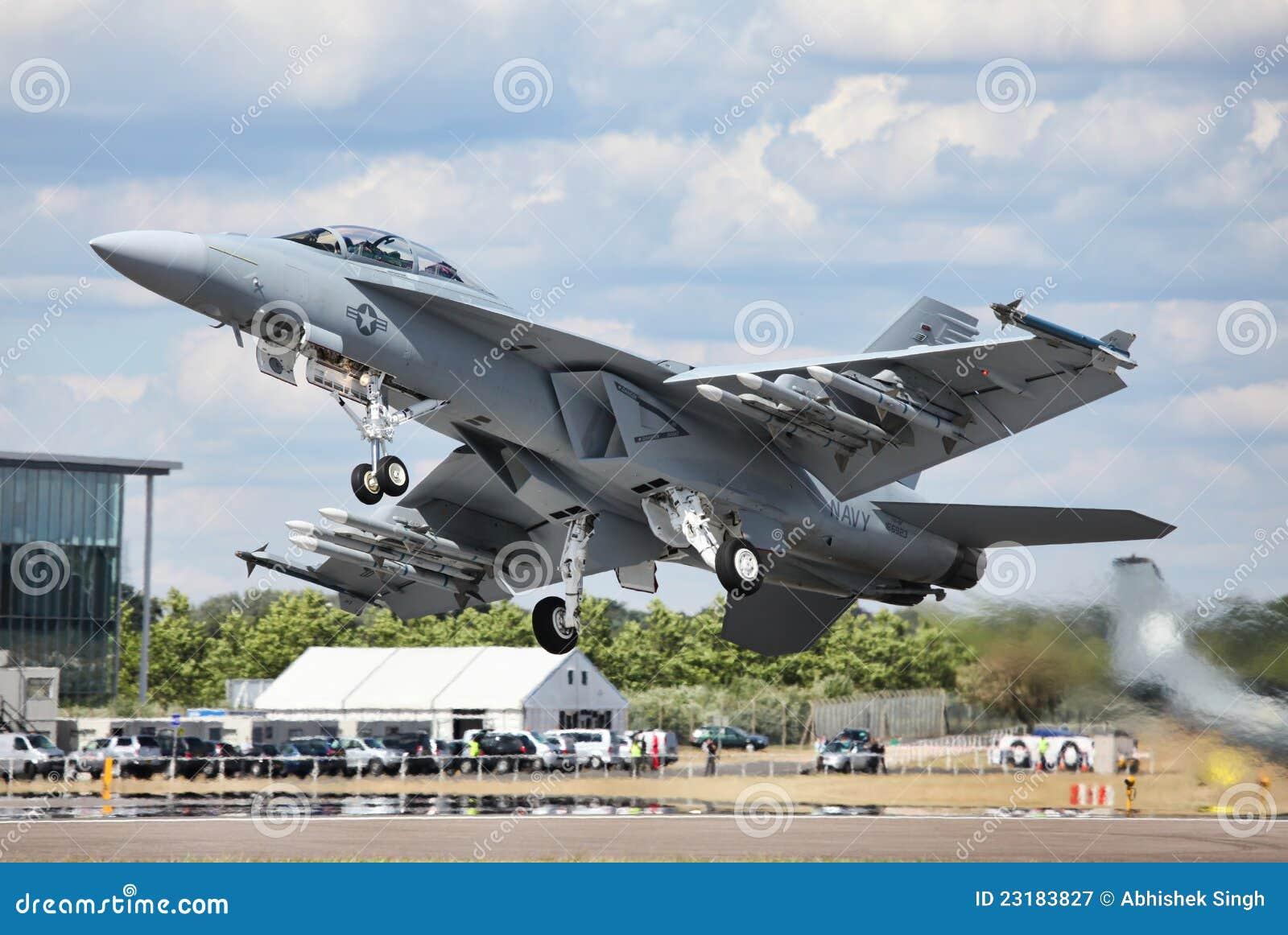 Calabrone eccellente F-18