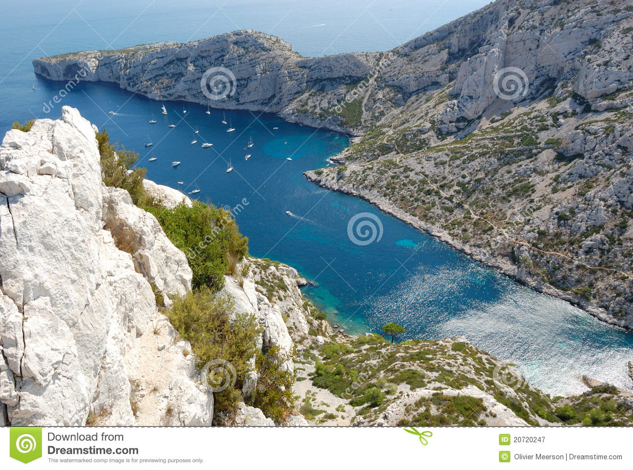 calanques de luminy marseille image stock image du bleu roches 20720247. Black Bedroom Furniture Sets. Home Design Ideas