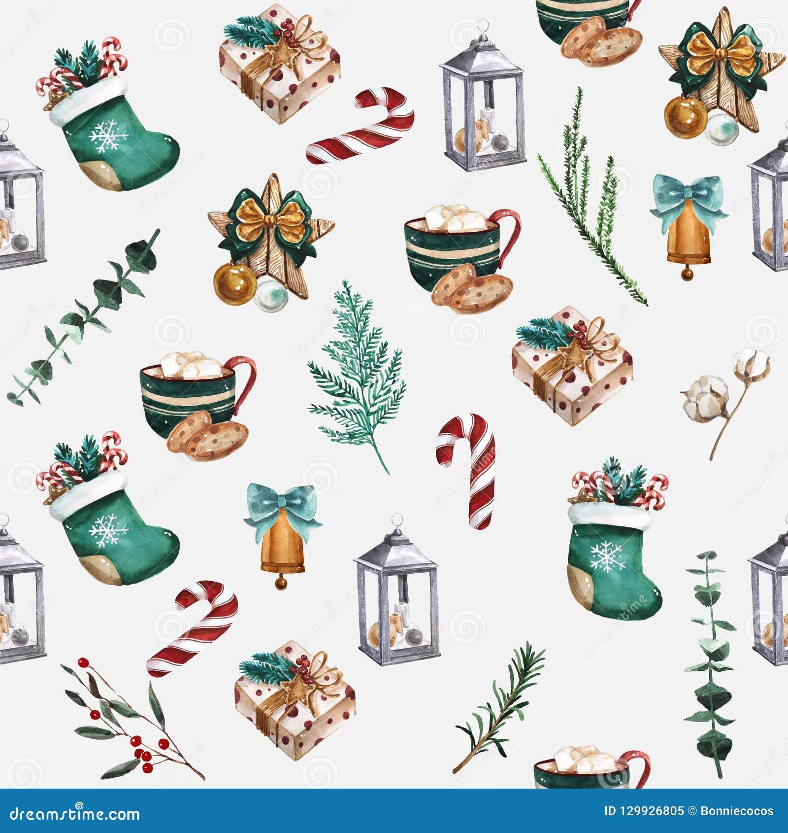 Calcetines de la Navidad, galletas del pan de jengibre, ramas de árbol de navidad, bayas rojas, canela, bastón de caramelo, naran