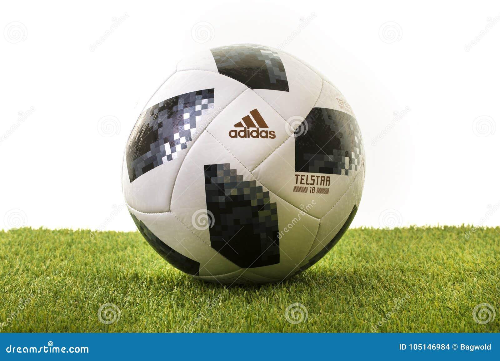 Calcio 2018 della coppa del Mondo dell aliante della cima di Adidas Telstar