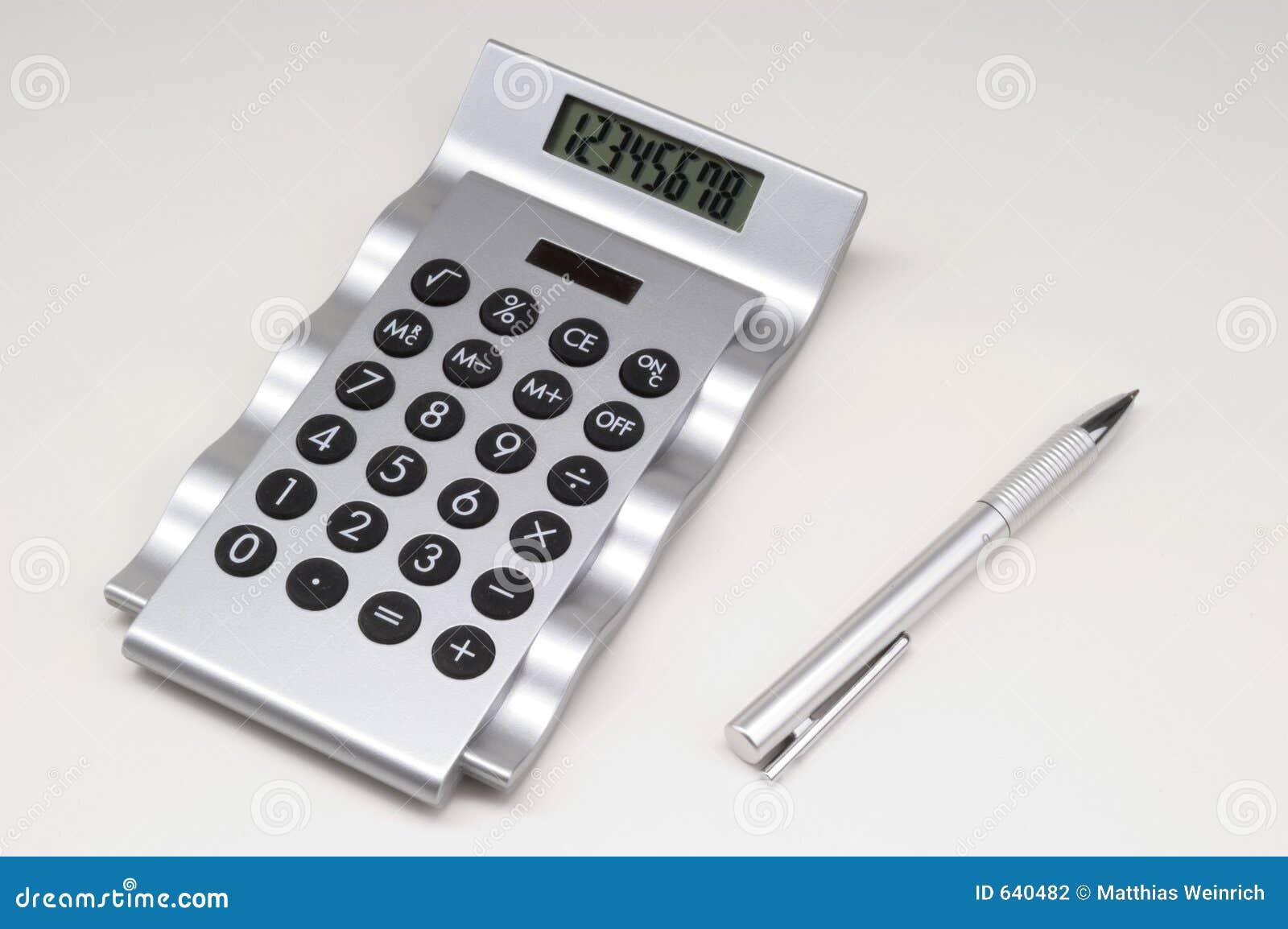 Calculator met pen.