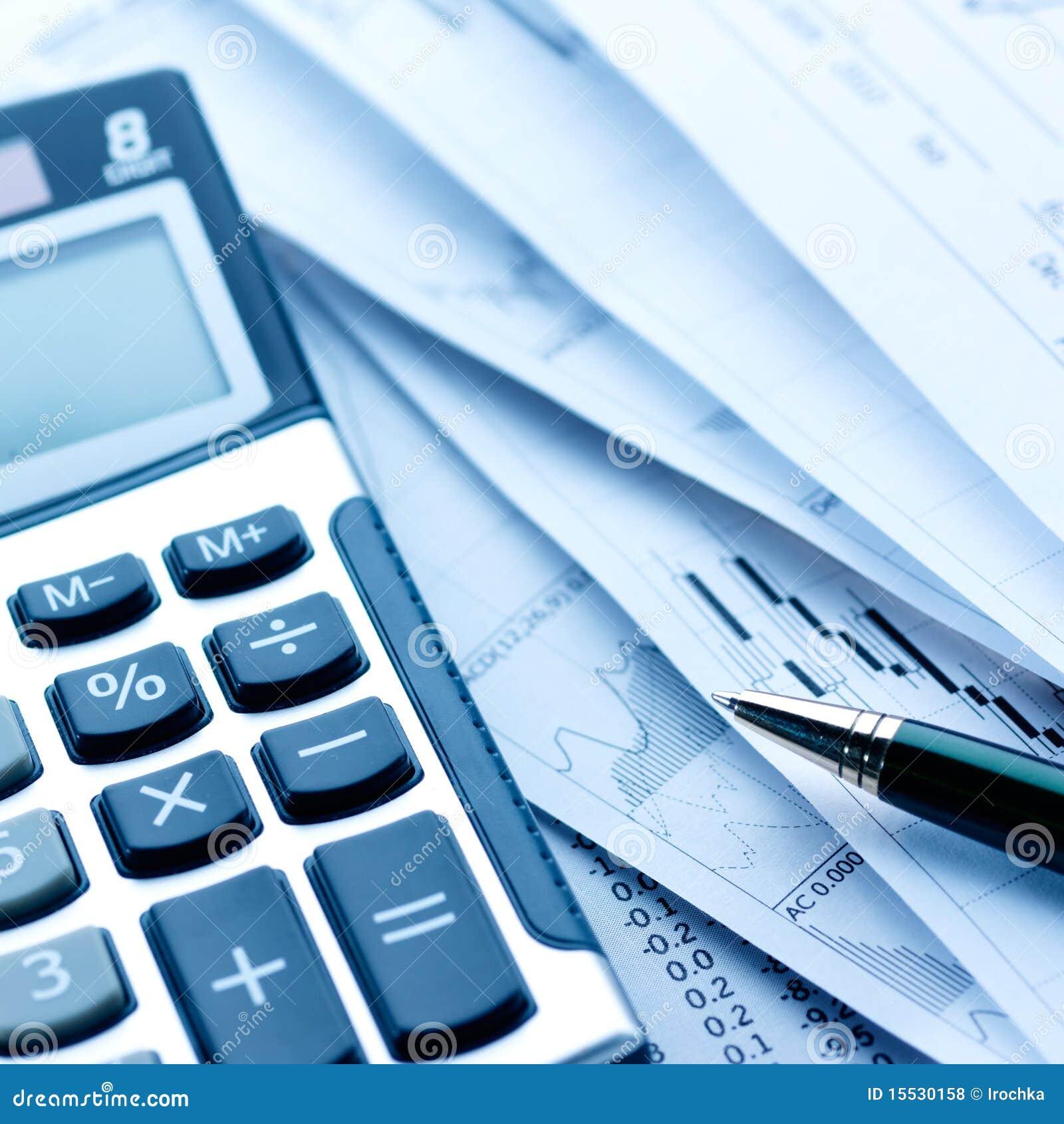 Calculatrice et factures photo stock image du financier for Calculatrice prix