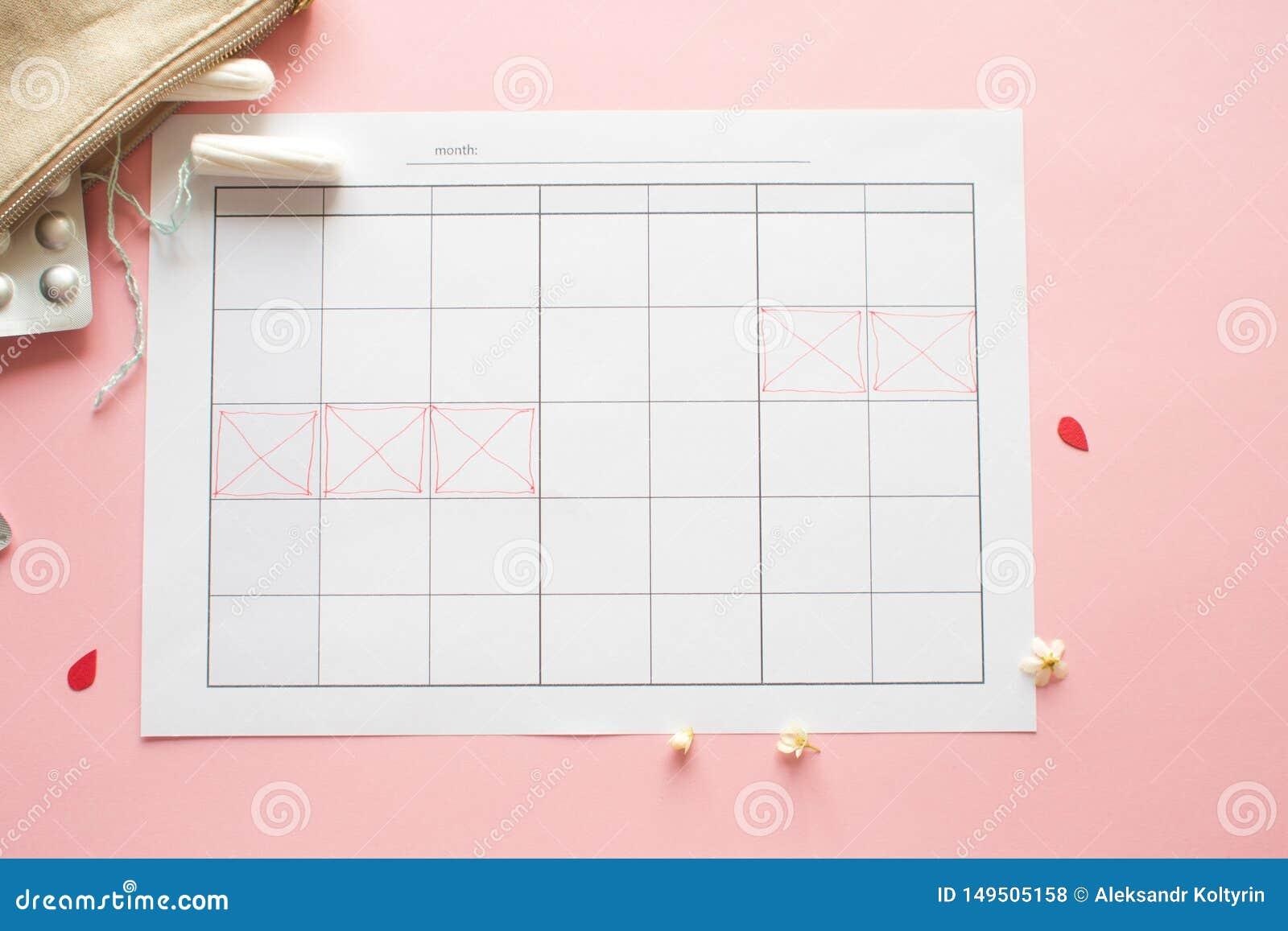 Calend?rio para o m?s e a marca do ciclo menstrual PMS e o conceito cr?tico dos dias
