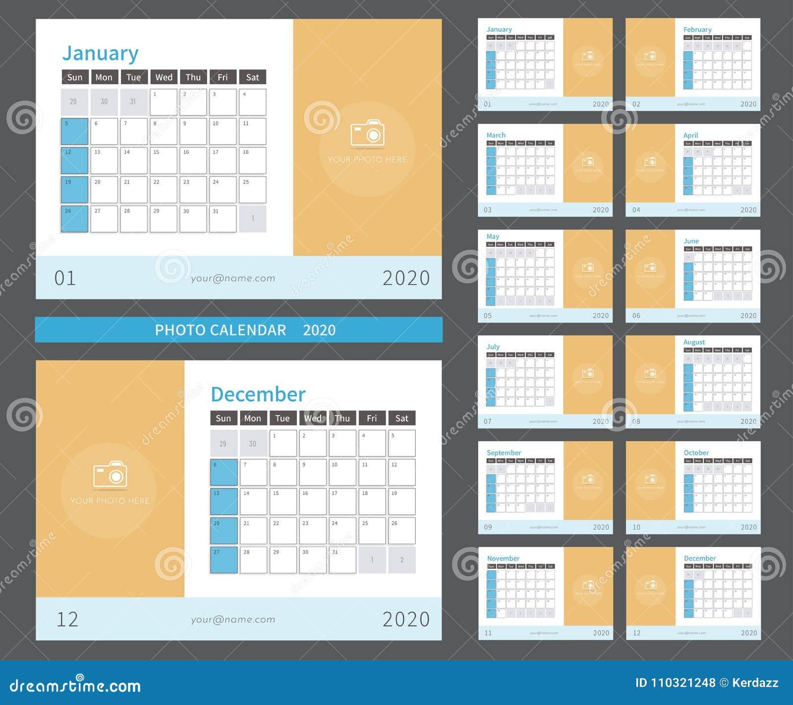 Calendario 2020 Mensile Da Stampare.Calendario 2020 Della Foto Pronto A Stampare Illustrazione