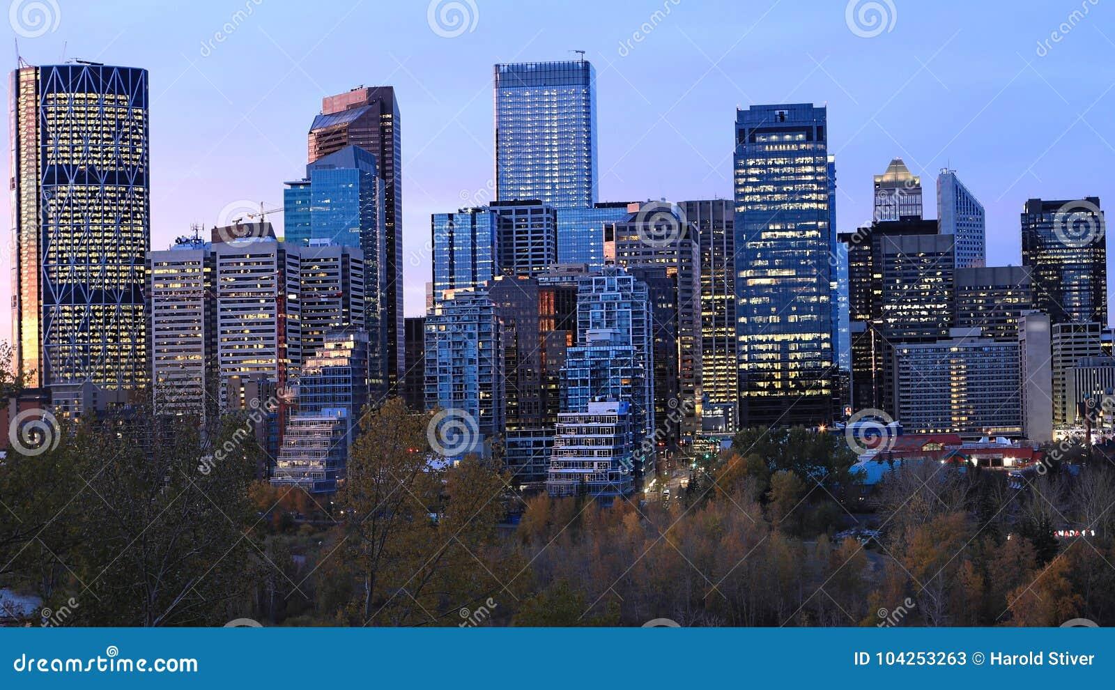 Calgary, Kanada linia horyzontu przy zmierzchem