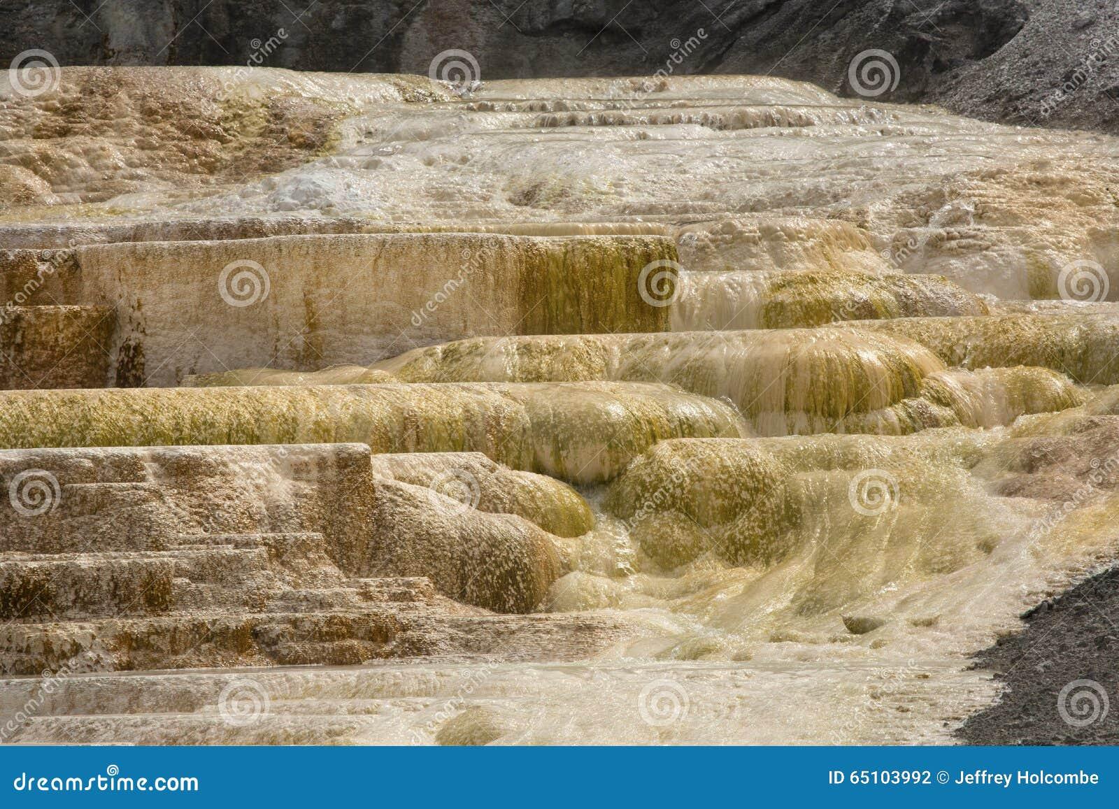 Caliente la roca del carbonato llam terrazas de las for Travertino roca