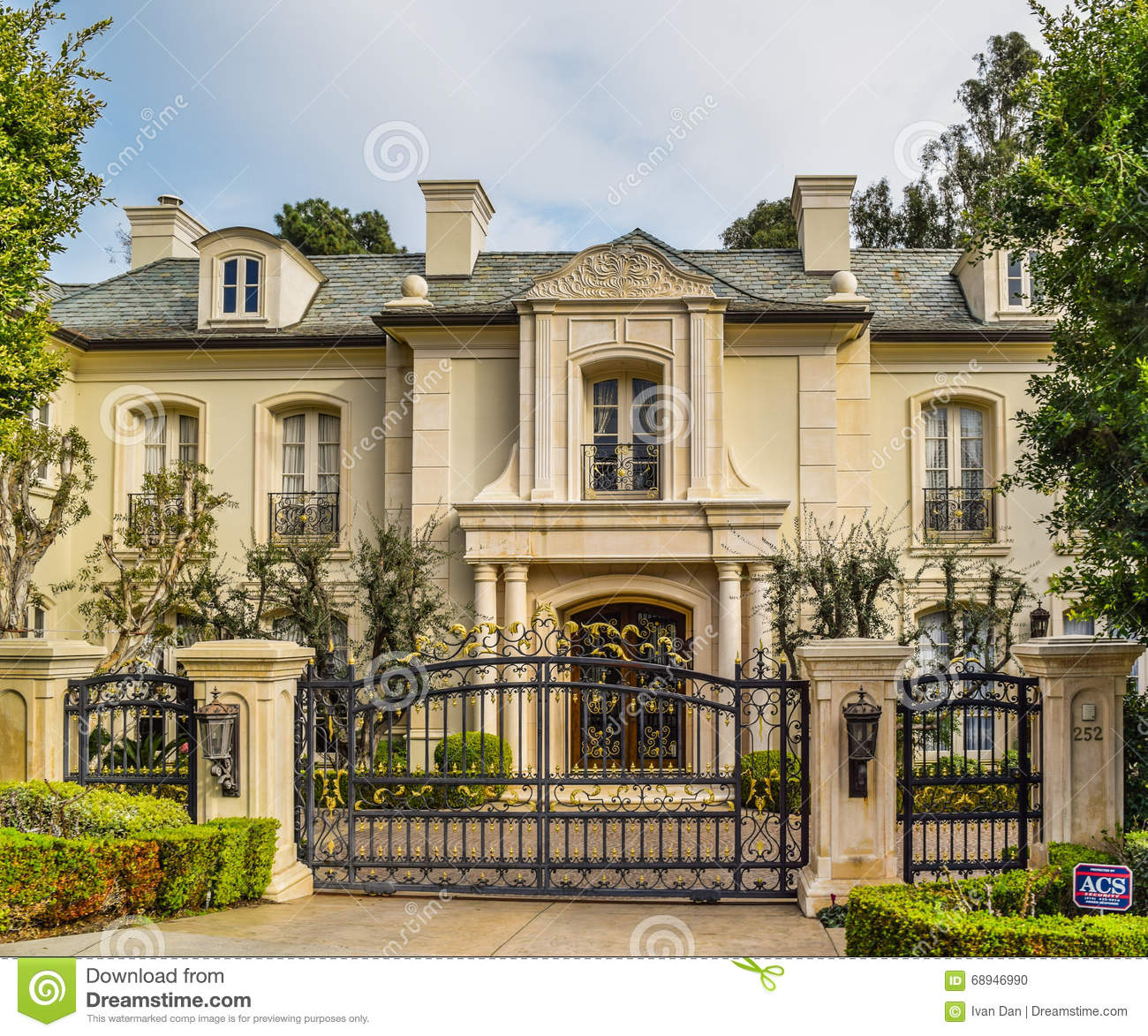 Dream Homes In Los Angeles Mansions: California Dream Houses Beverly Hills Editorial Image