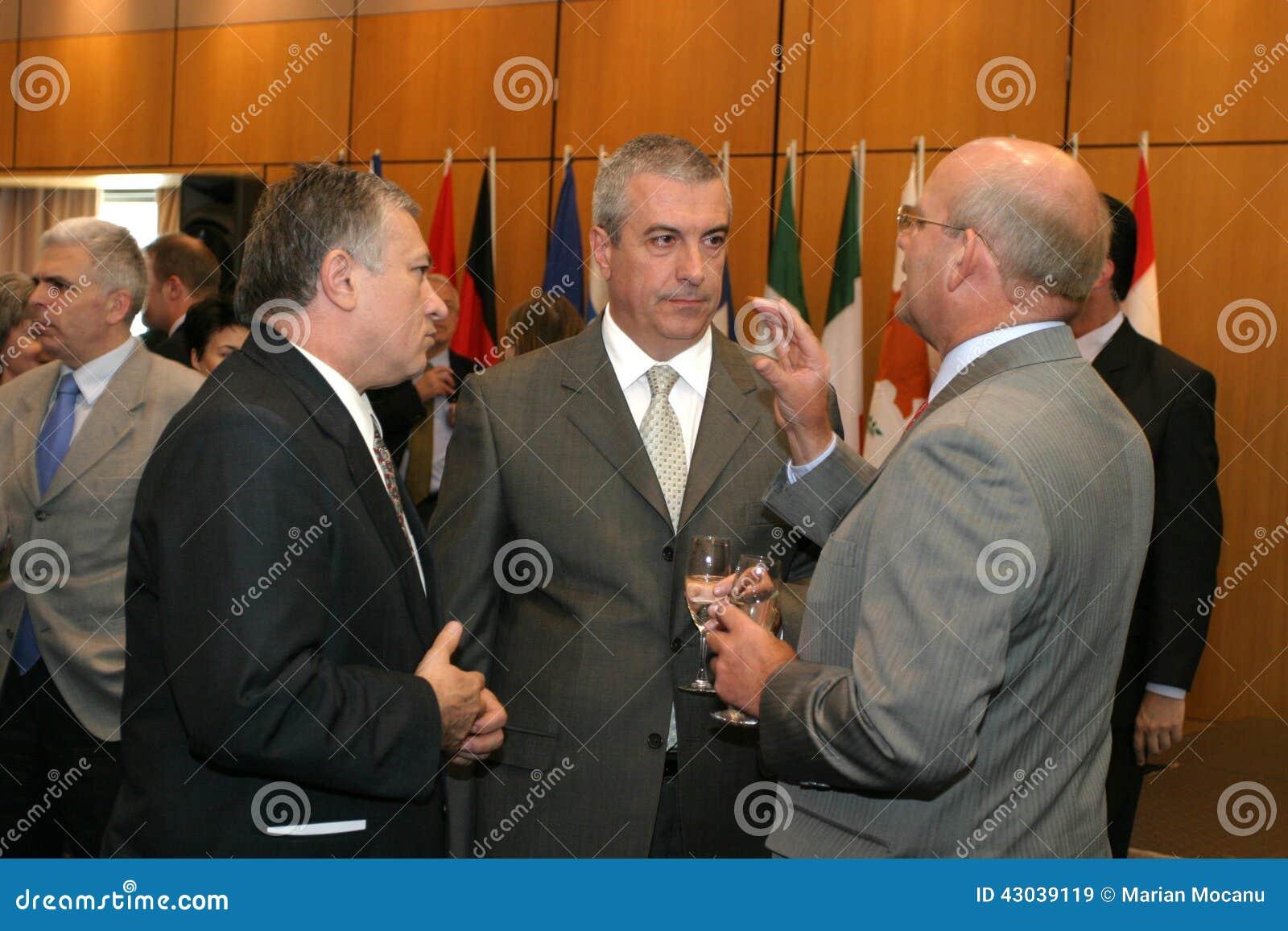 Calin Popescu Tariceanu och Jonathan Scheele