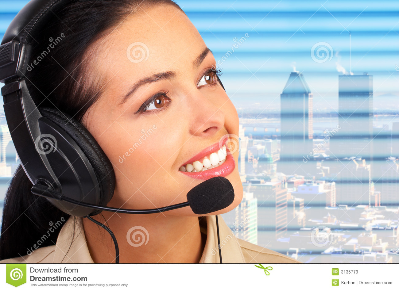 Call Center Operator Stock Photos, Images, & Pictures - 24,948 Images
