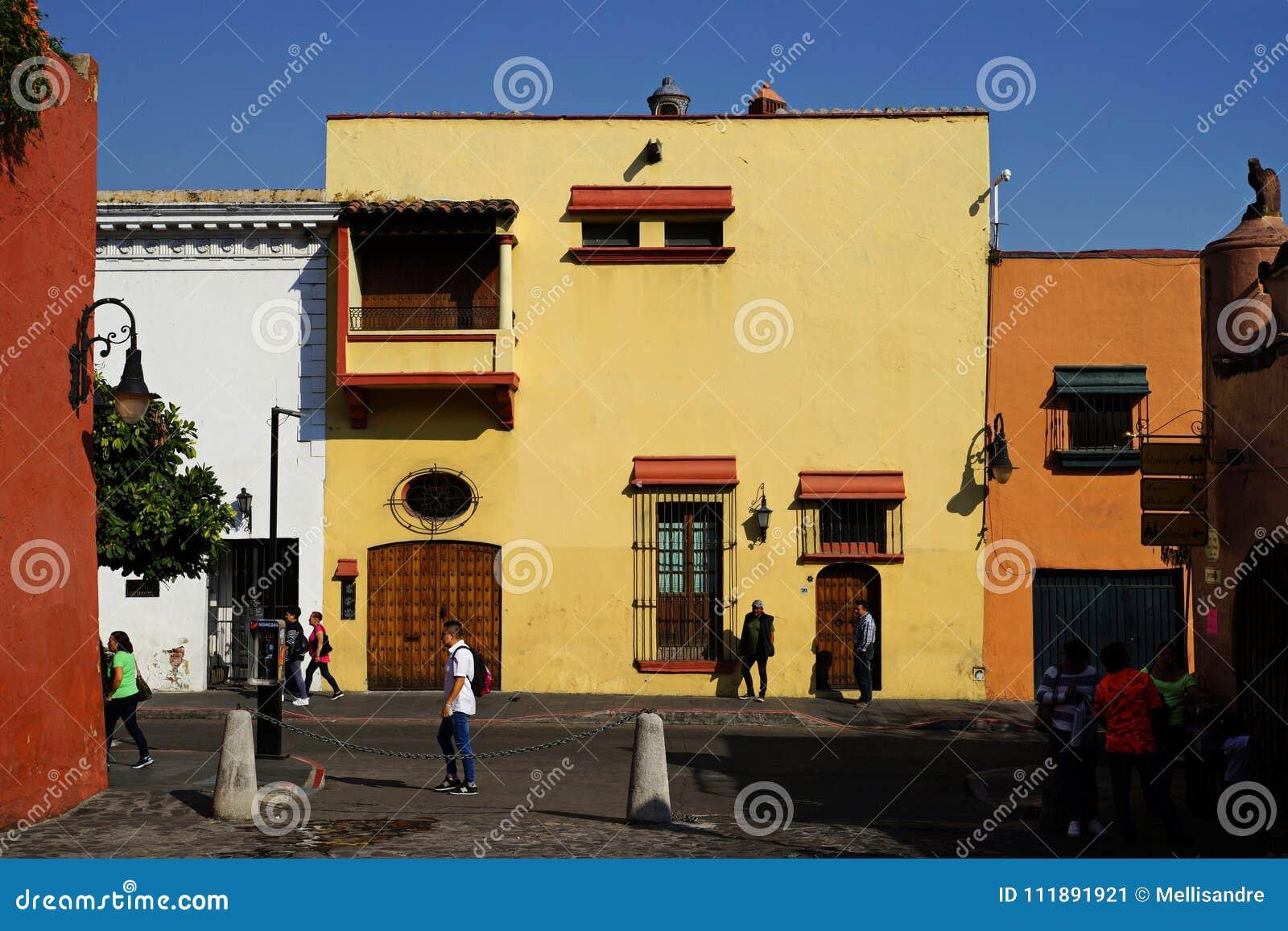 Calle en Cuernavaca, México