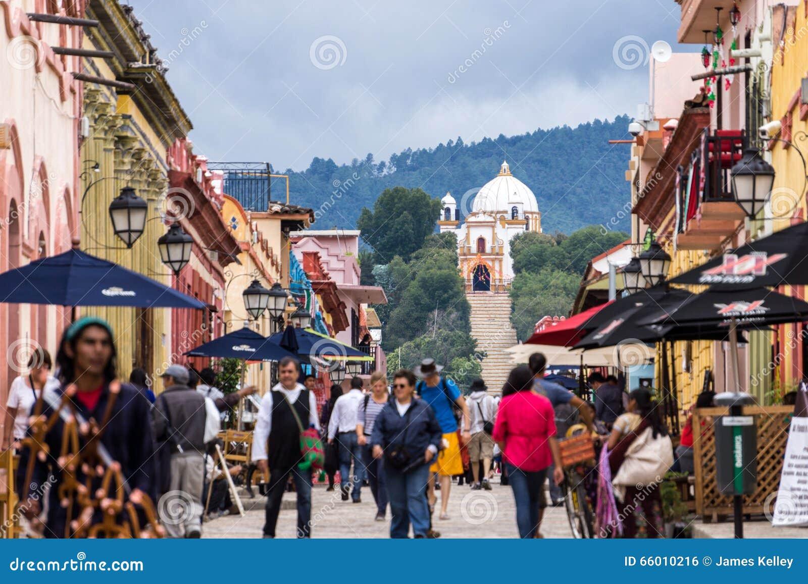 Calle que camina, San Cristobal De Las Casas, México