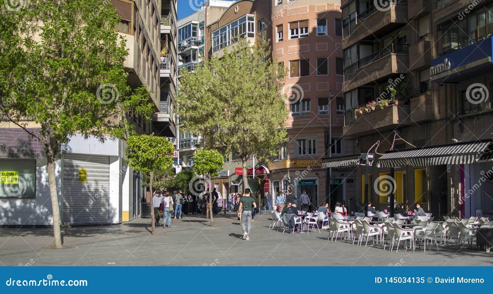 Calles y edificios en el centro históricos de la ciudad de Murcia