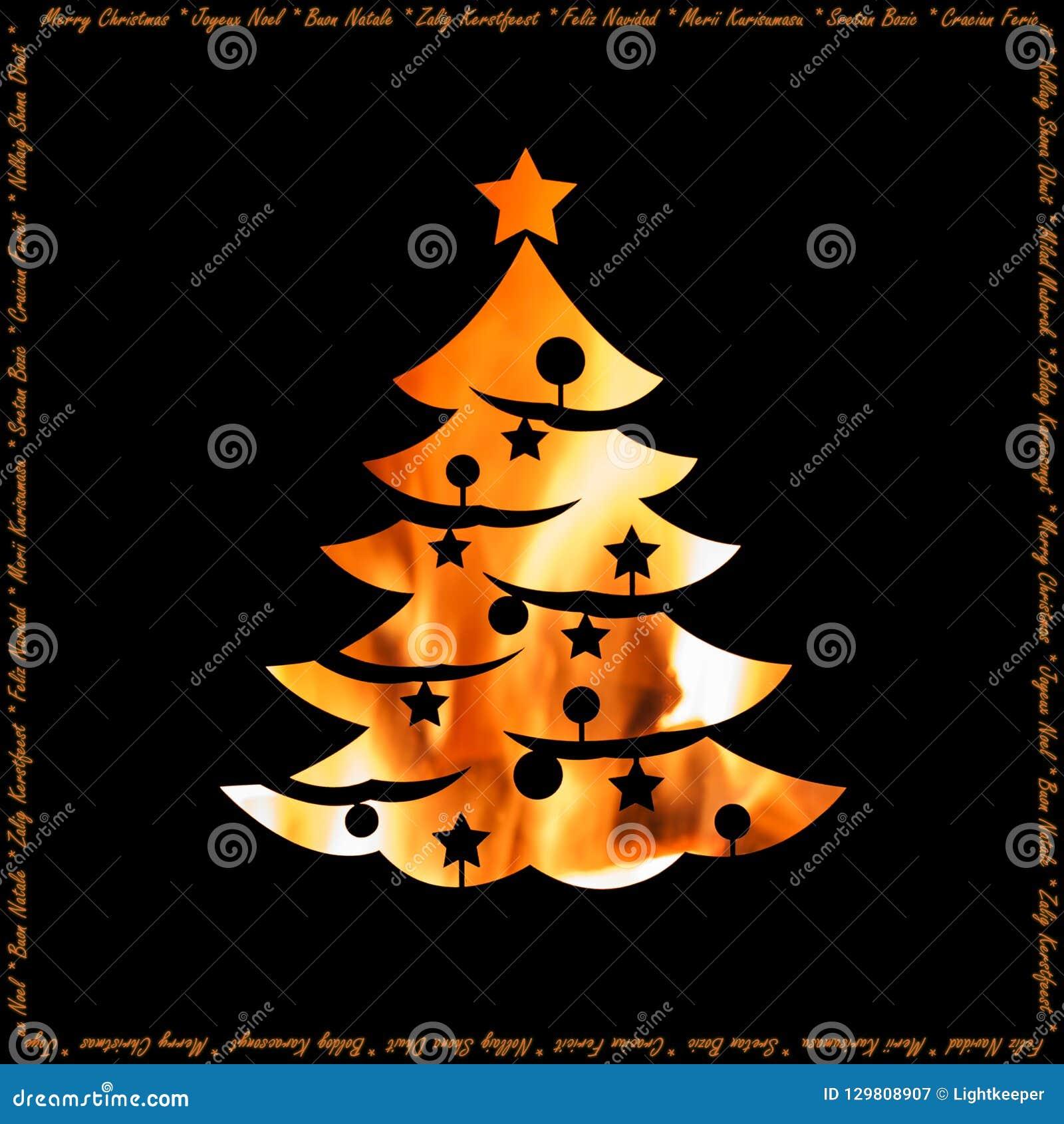 Calore della cartolina di Natale di feste con la siluetta dell albero di natale