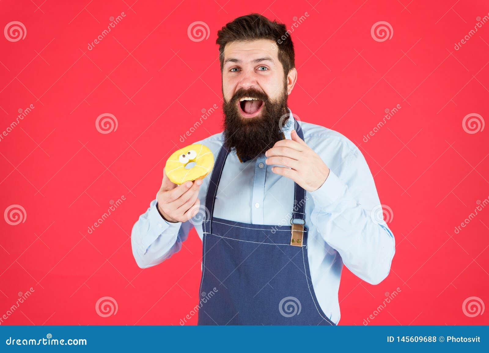 Calorie Faim de sensation de chef Compte de calorie R?gime et sant? calorie de gain Homme barbu dans le tablier de chef Homme de