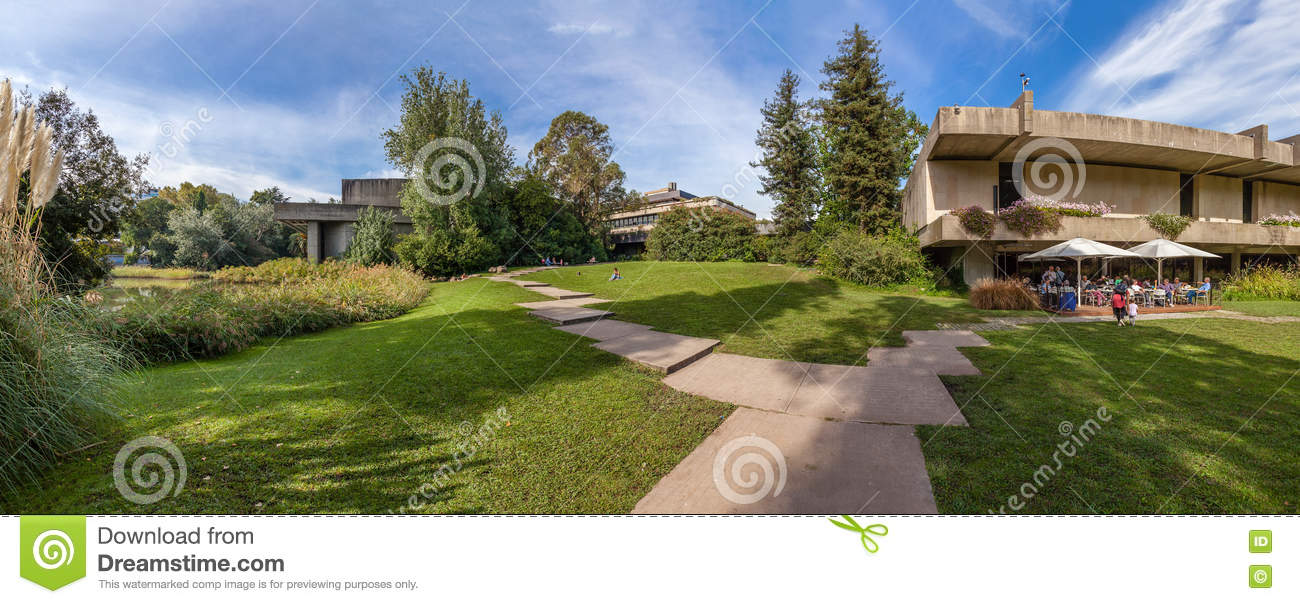 Calouste Gulbenkian Foundation Garden Editorial Image Image Of Nature Grass 81276935
