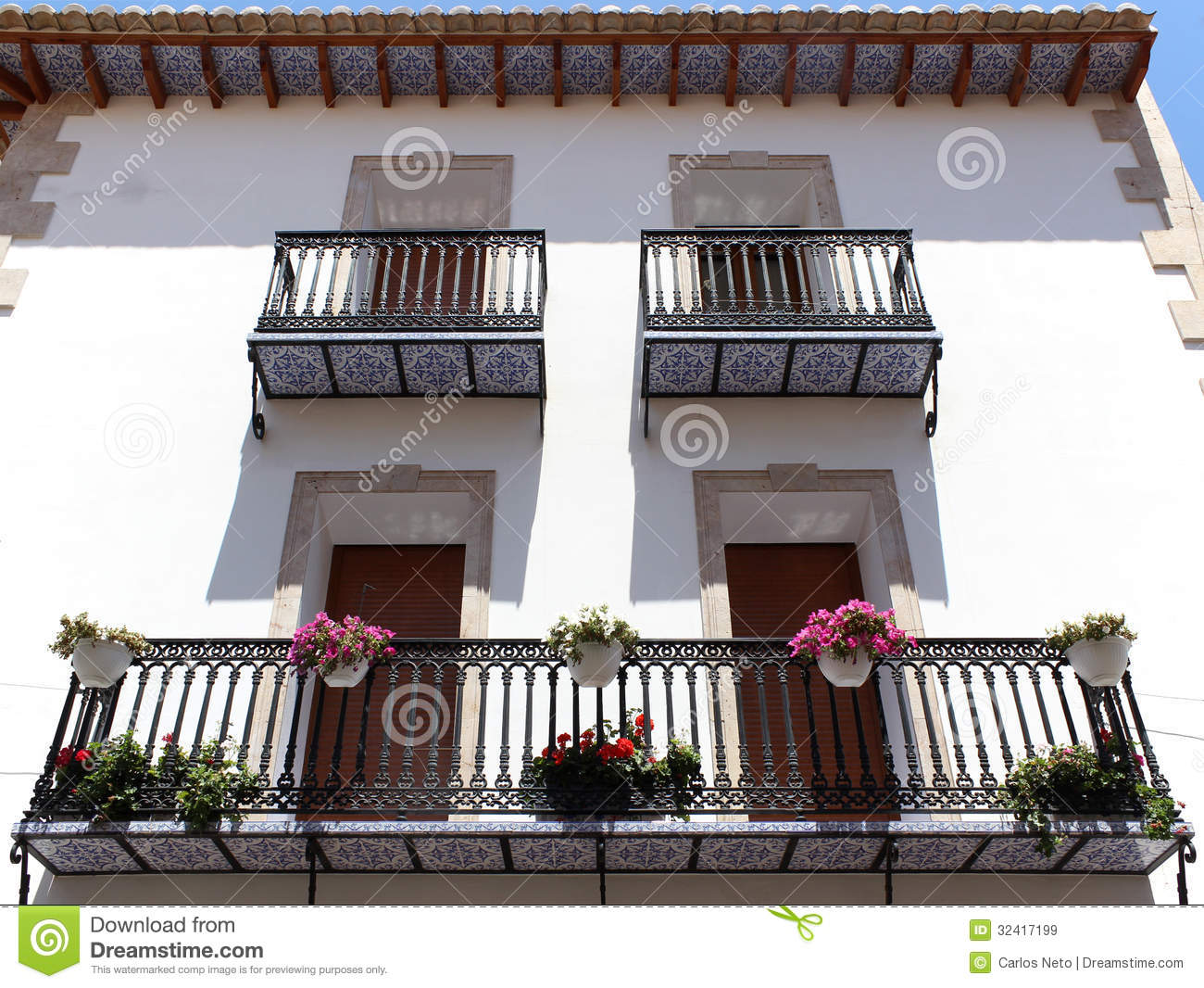 Calpe mediterranean spanish coastal city historic old for Balcony in spanish