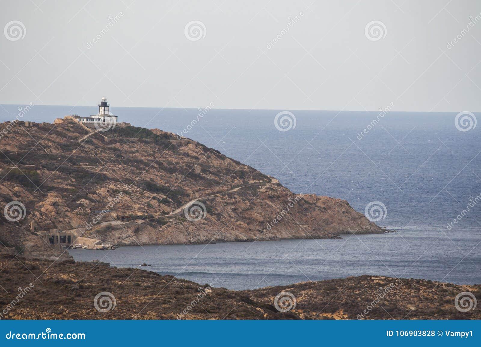 Calvi, Revellata latarnia morska, plaża, Pointe De Los Angeles Revellata, linia horyzontu, Corsica, Haute Corse, Francja, Europa,