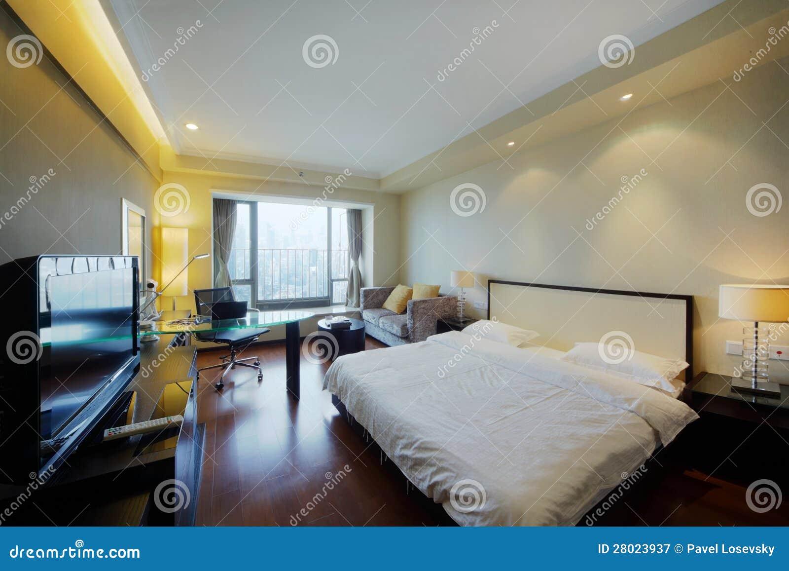 cama de casal grande na sala clara moda fotografia de