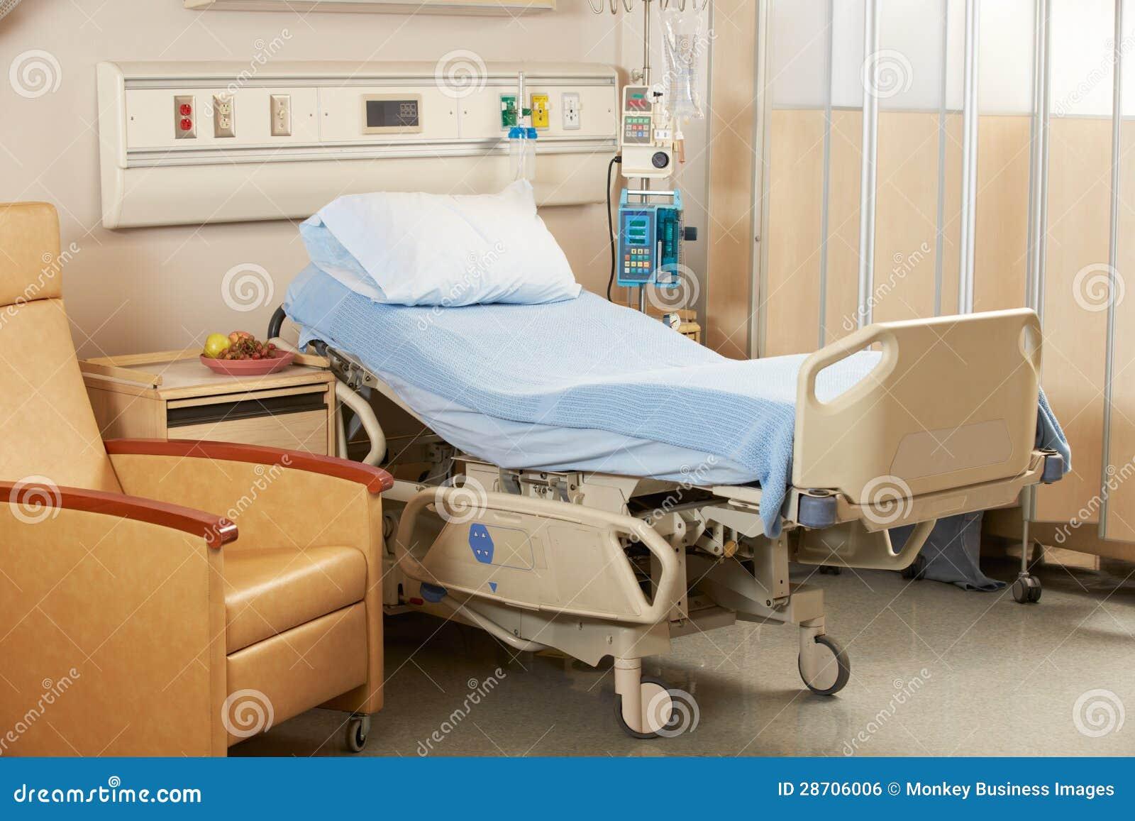 Cama vac a en sala de hospital foto de archivo imagen for Sal vacuum pastillas