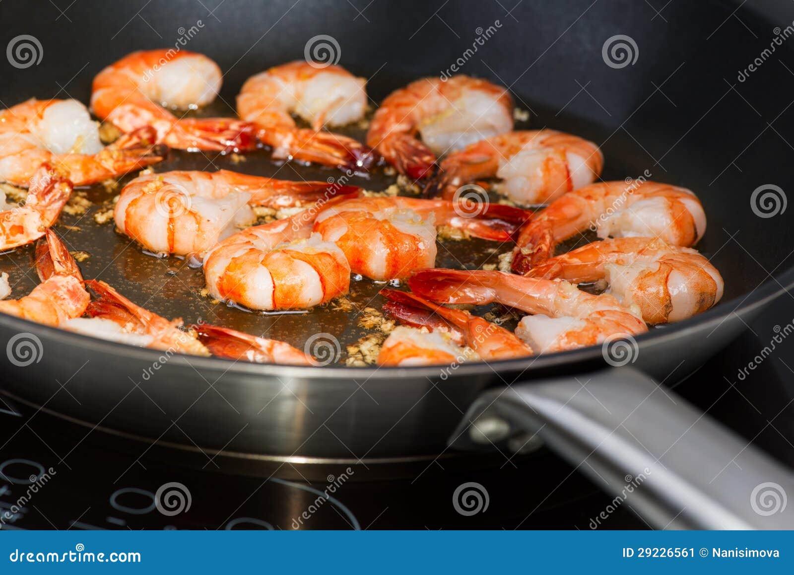 Download Camarão Fritado No Frigideira Imagem de Stock - Imagem de chinês, alimento: 29226561