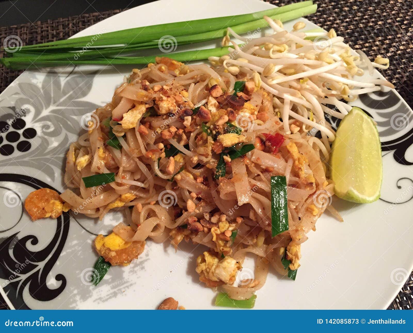 Camarões tailandeses da almofada, alimento tailandês famoso