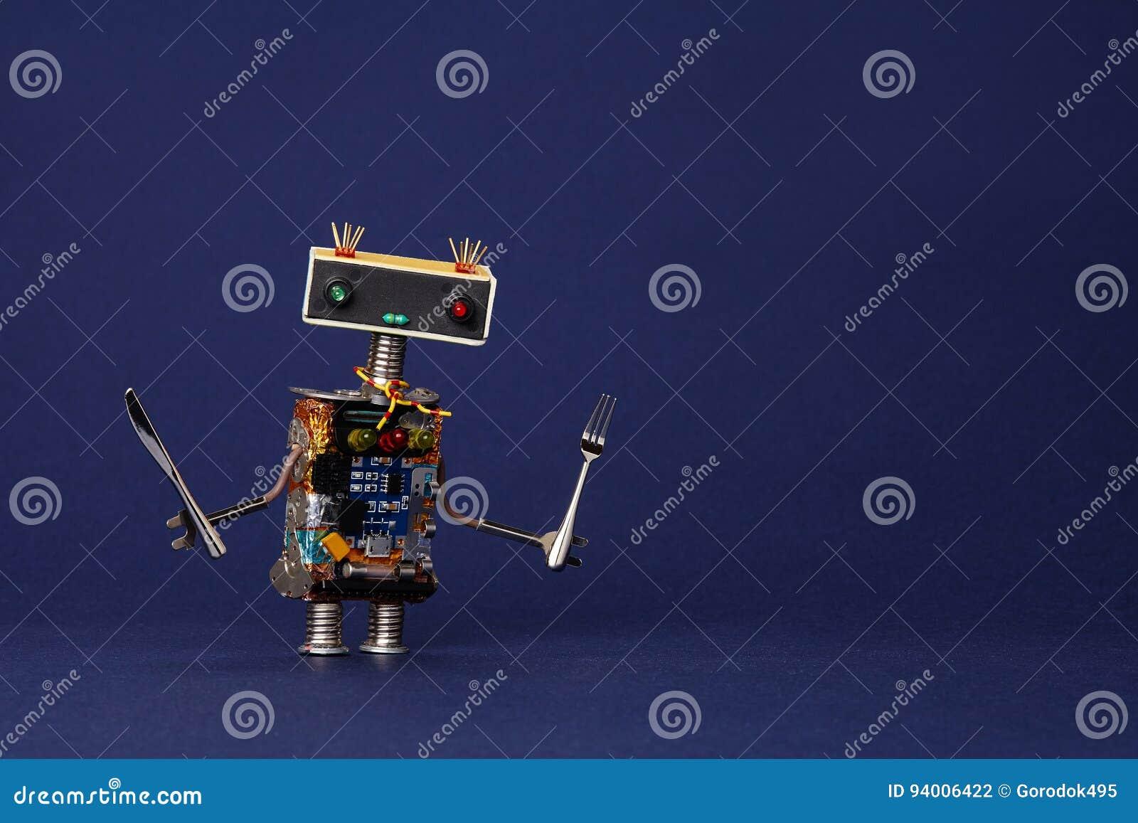 Camarero amistoso del robot con la bifurcación y el cuchillo Carácter de cocinar lindo del juguete del cocinero de la cocina del