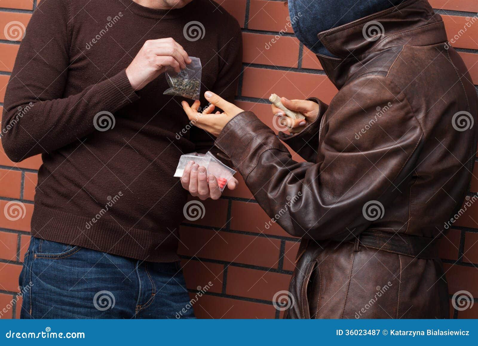 Cambio de las drogas para el dinero