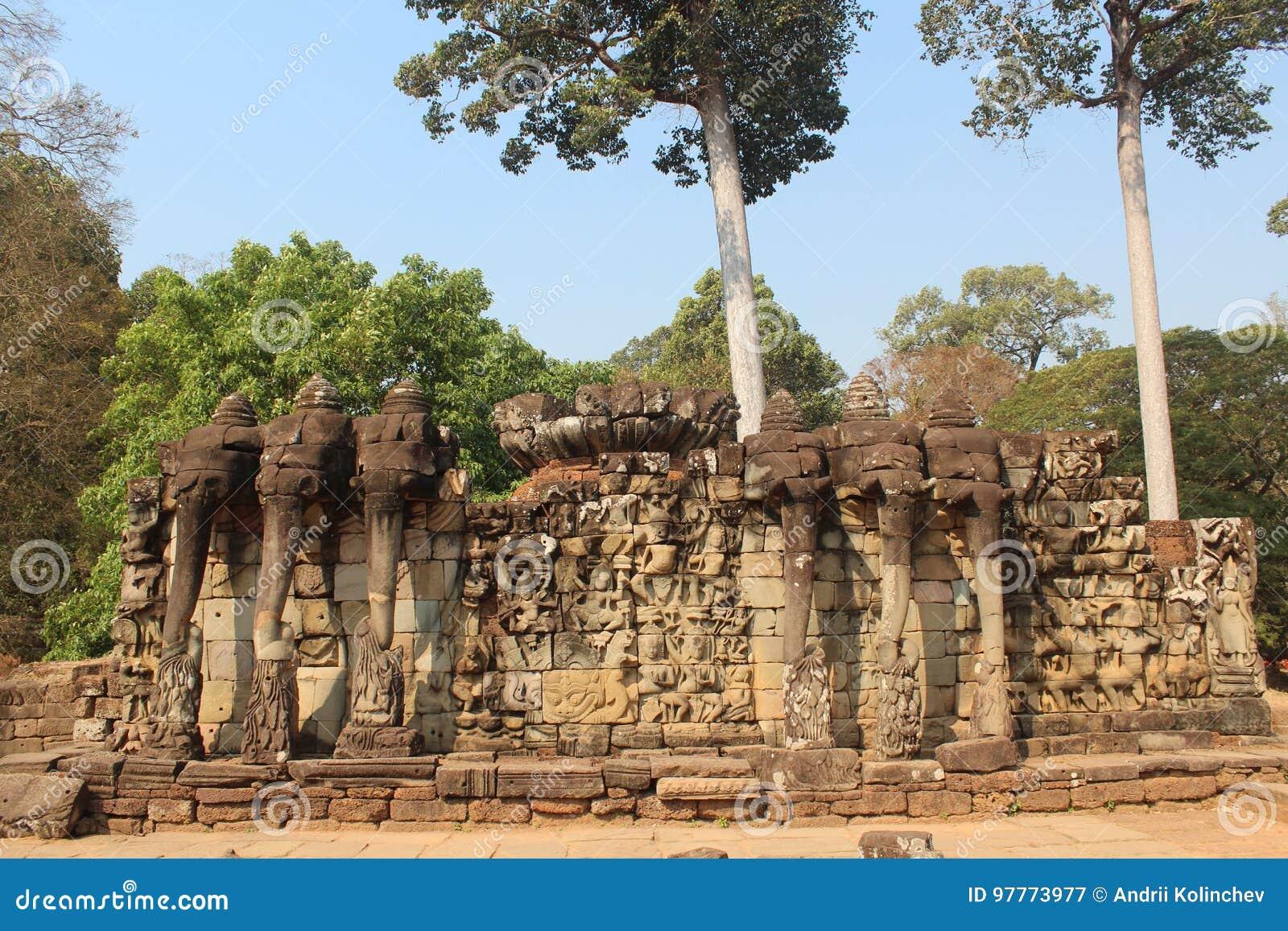 Camboya Angkor Thom City Terraza De Los Elefantes Provincia