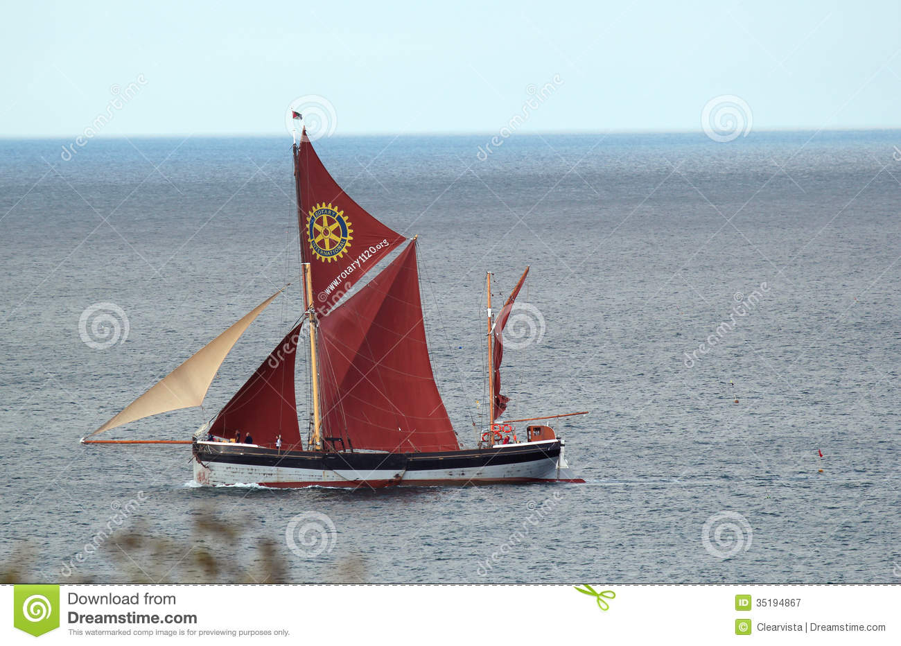 Cromer United Kingdom  city photos : ... of great britain sailing past cromer united kingdom during the summer