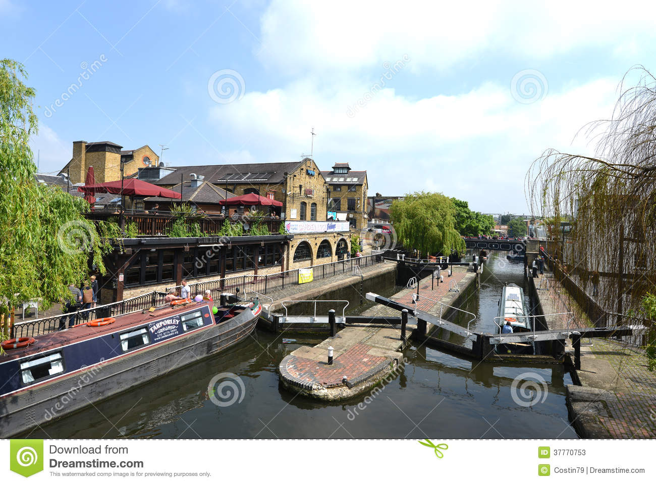 Camden United Kingdom  city pictures gallery : LONDON, UNITED KINGDOM Camden Lock in London, United Kingdom. or ...