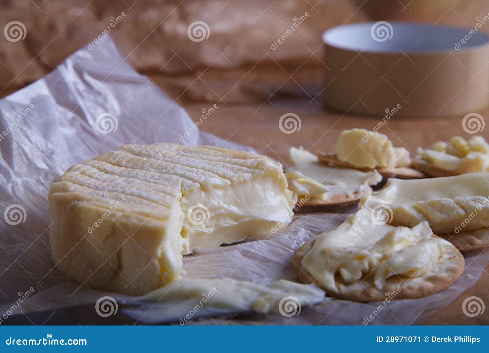 Camembert krakers i ser