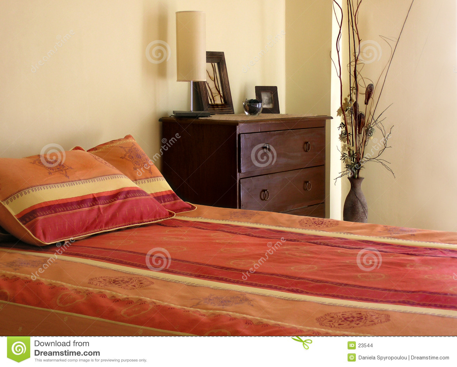 Download Camera da letto fotografia stock. Immagine di spazio, sonno - 23544